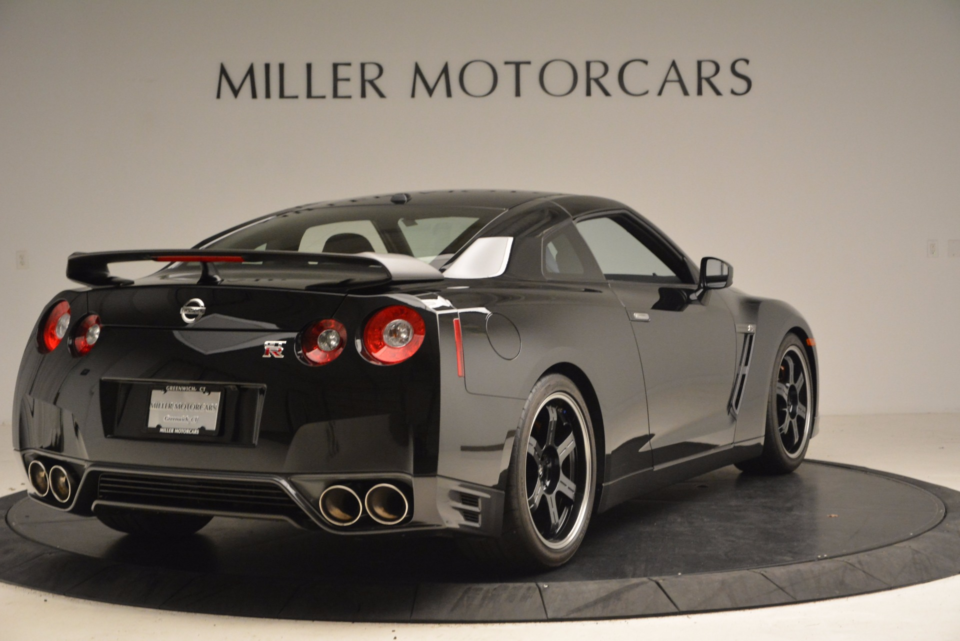 Used 2014 Nissan GT-R Track Edition For Sale In Greenwich, CT 1399_p7