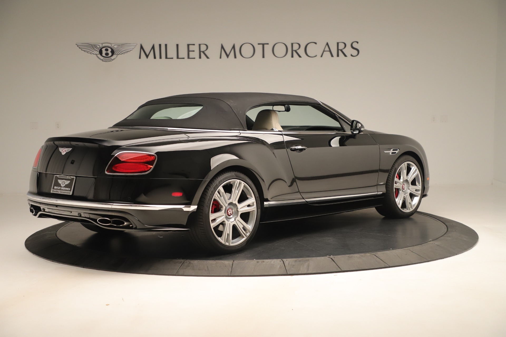 Used 2016 Bentley Continental GT V8 S Convertible  For Sale In Greenwich, CT 14_p17