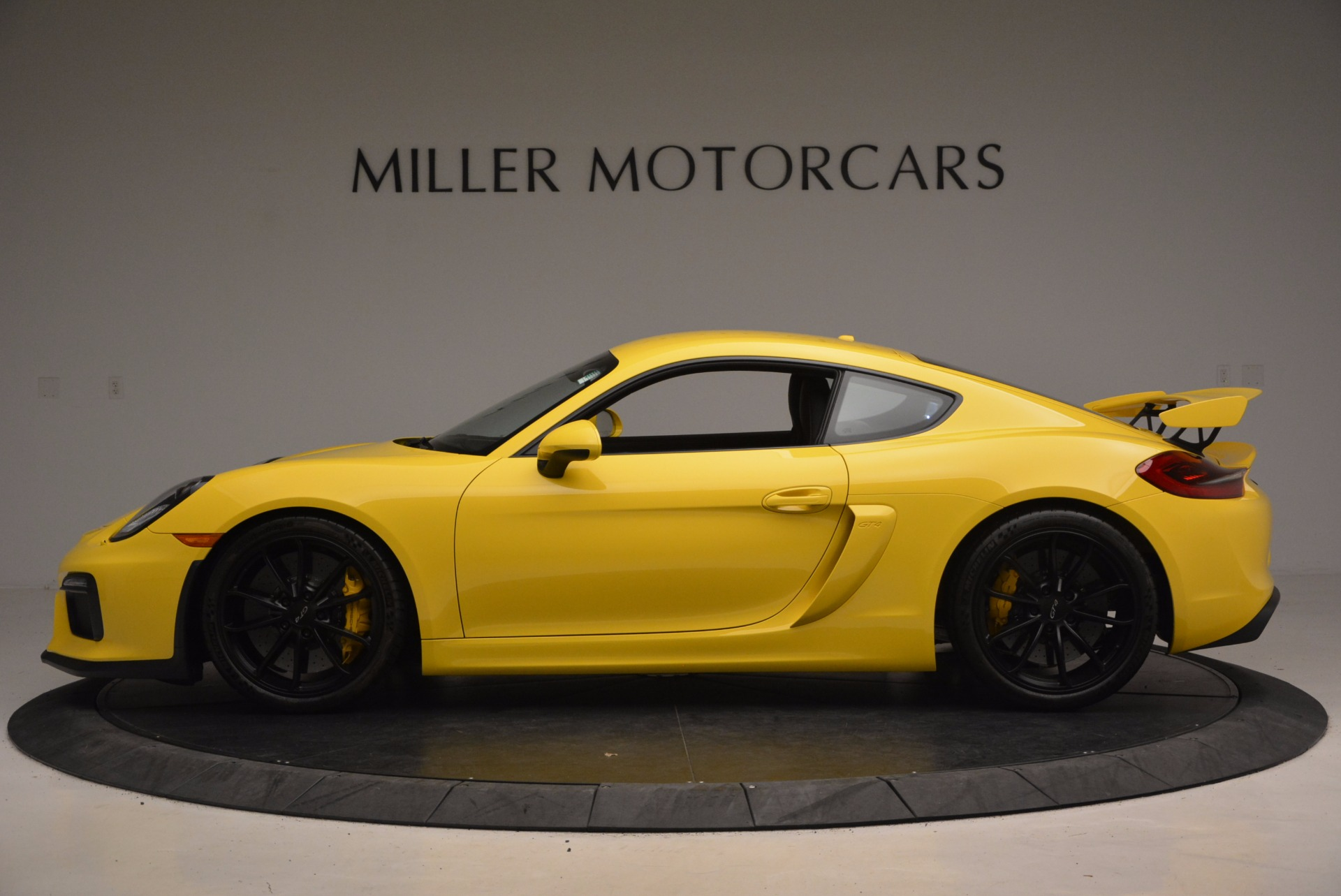 Used 2016 Porsche Cayman GT4 For Sale In Greenwich, CT 1401_p3