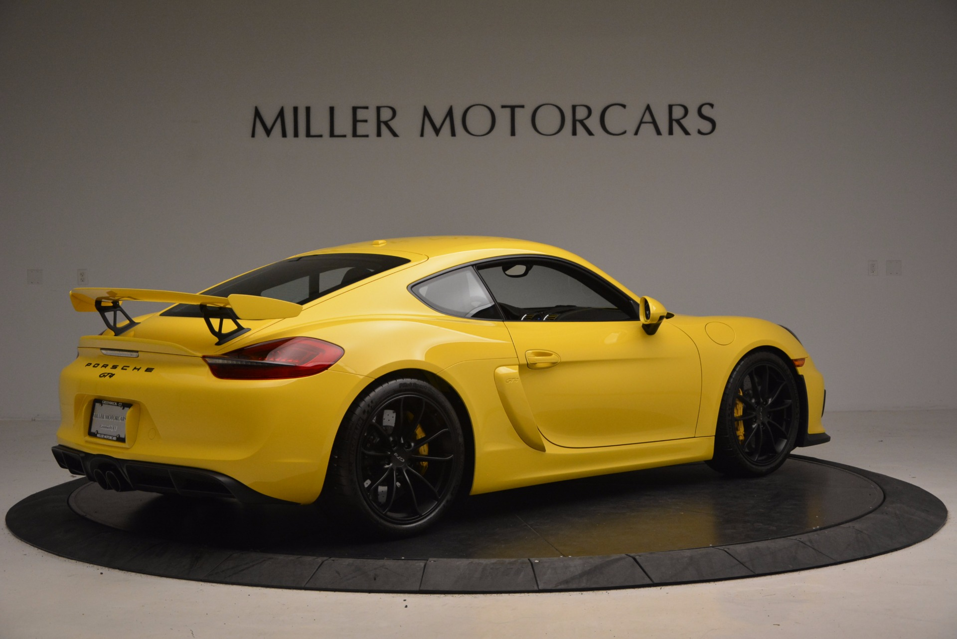 Used 2016 Porsche Cayman GT4 For Sale In Greenwich, CT 1401_p8