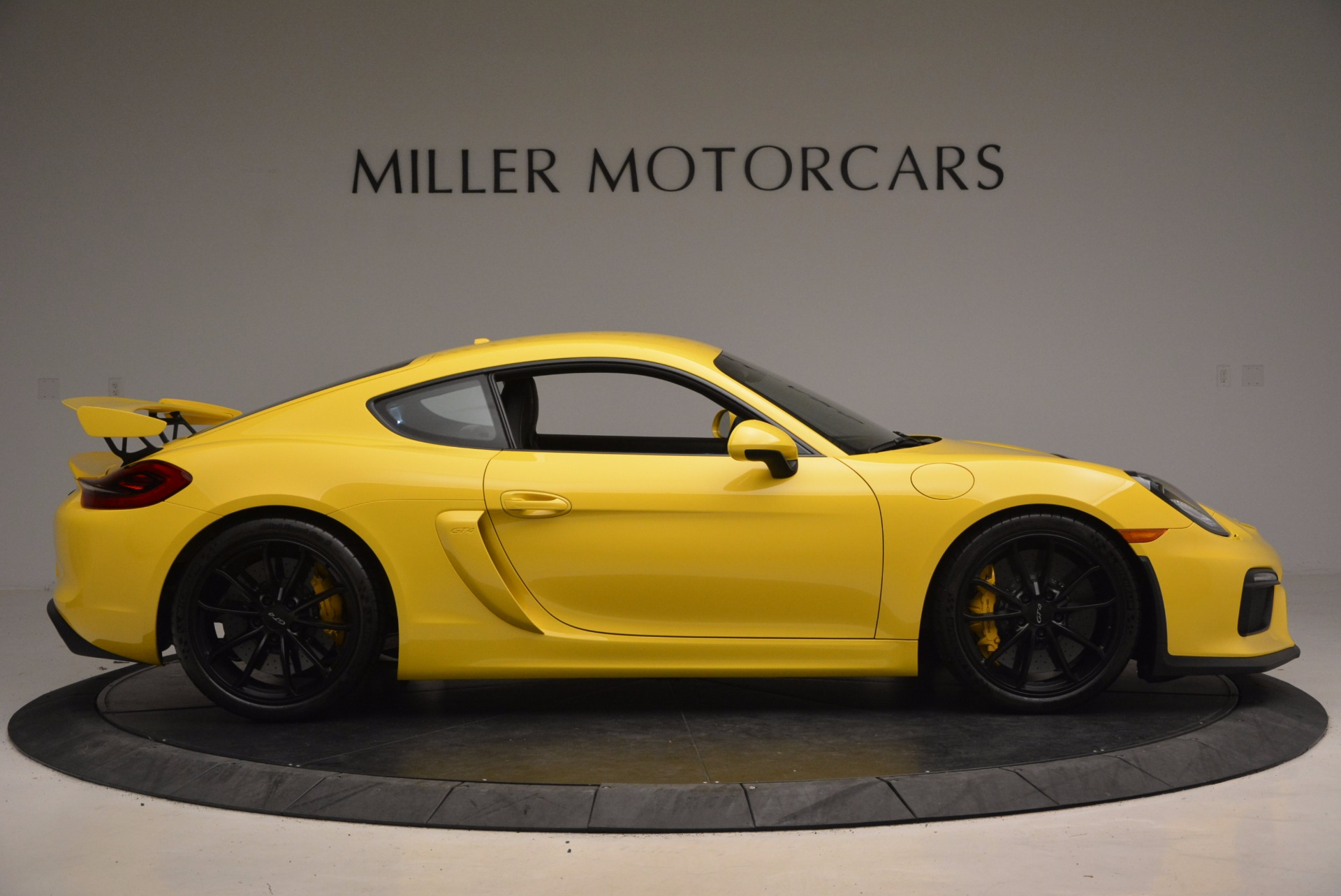 Used 2016 Porsche Cayman GT4 For Sale In Greenwich, CT 1401_p9