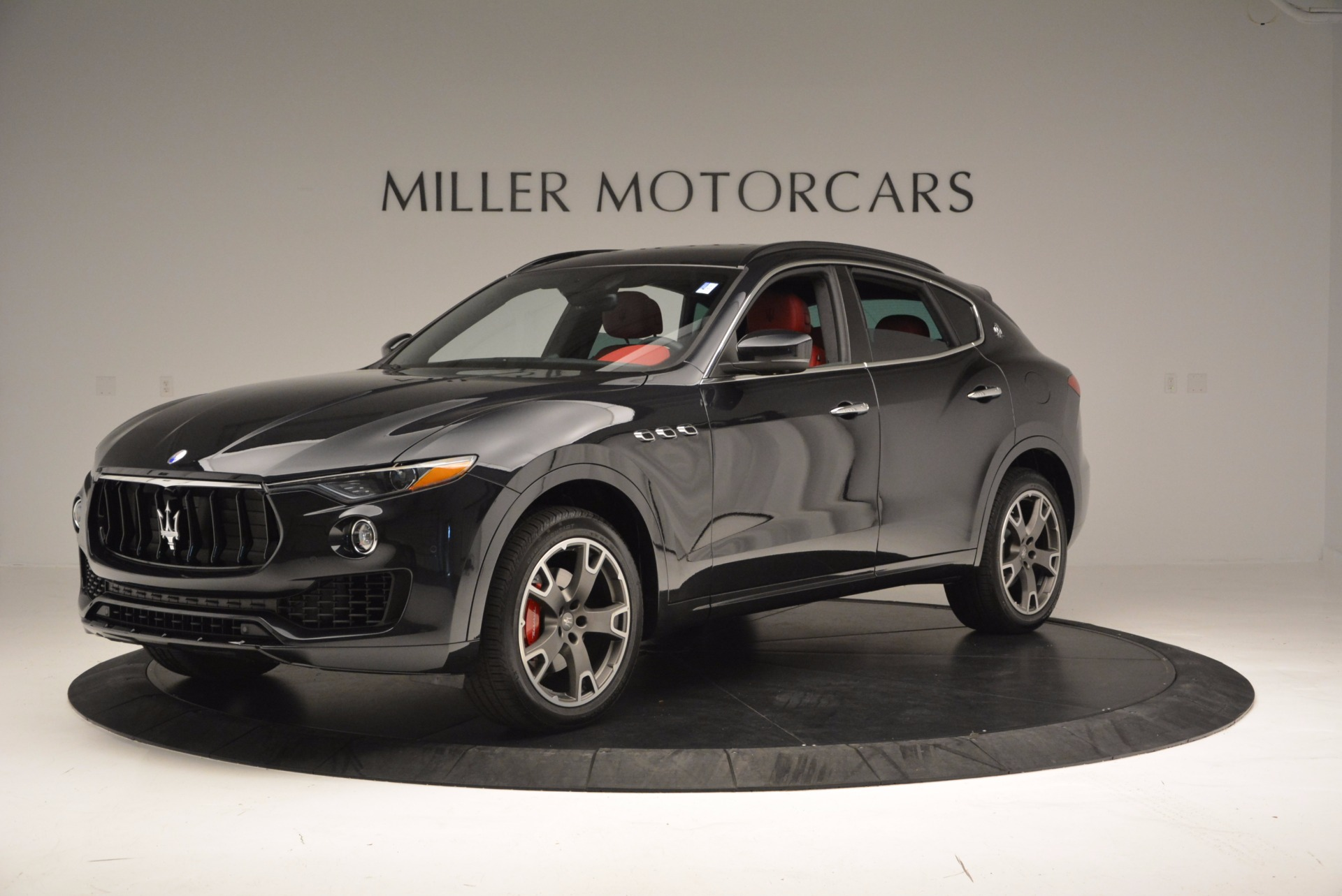 New 2017 Maserati Levante  For Sale In Greenwich, CT 1404_p2