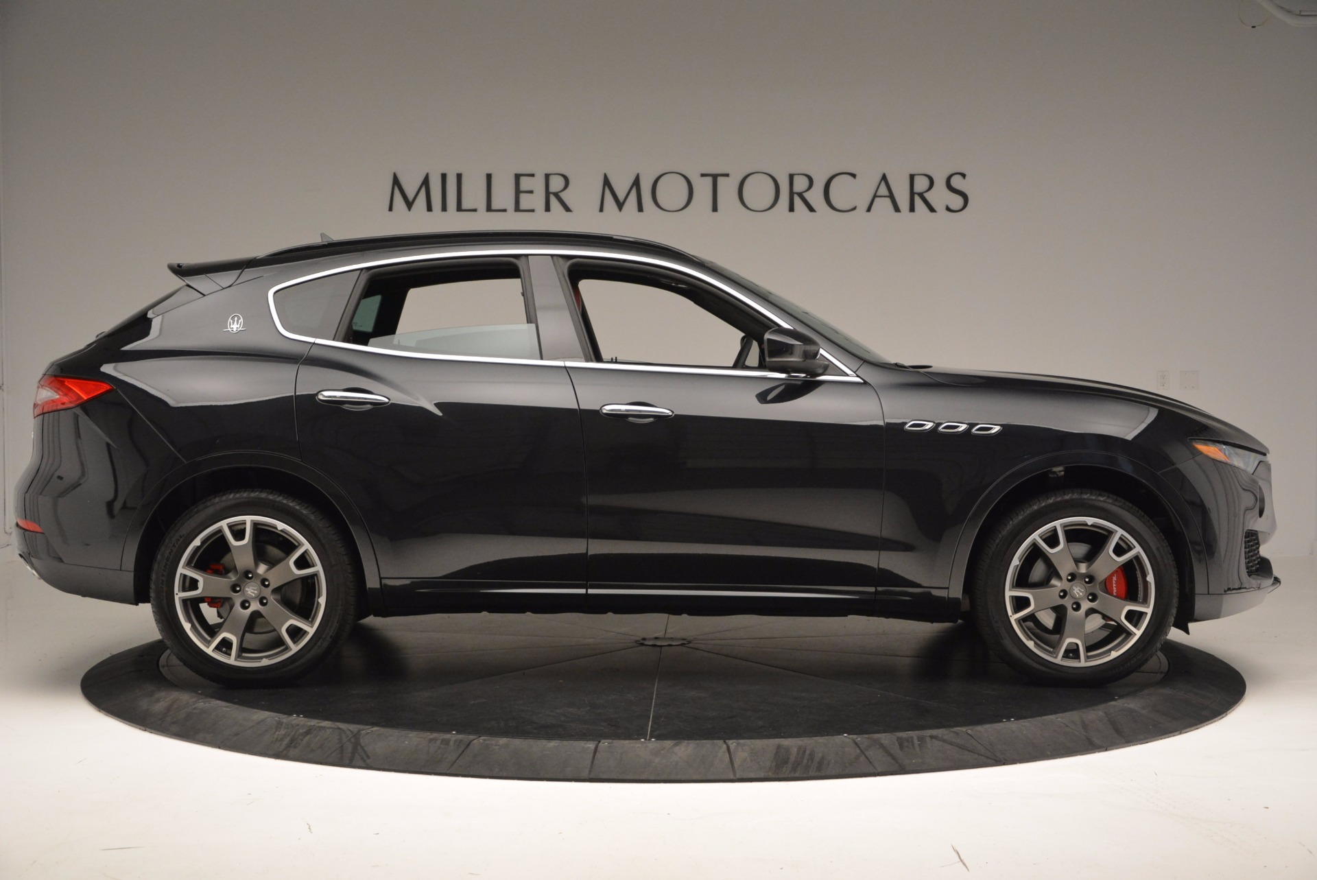 New 2017 Maserati Levante  For Sale In Greenwich, CT 1404_p9