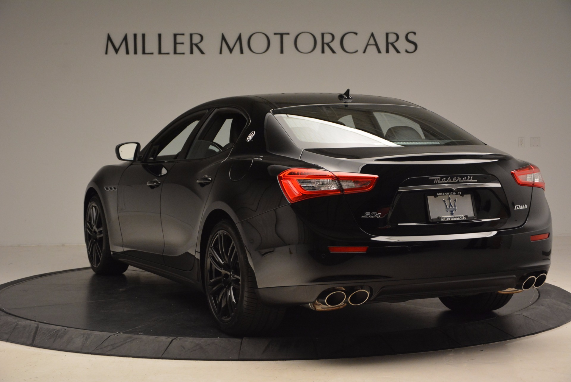 New 2017 Maserati Ghibli Nerissimo Edition S Q4 For Sale In Greenwich, CT 1405_p5