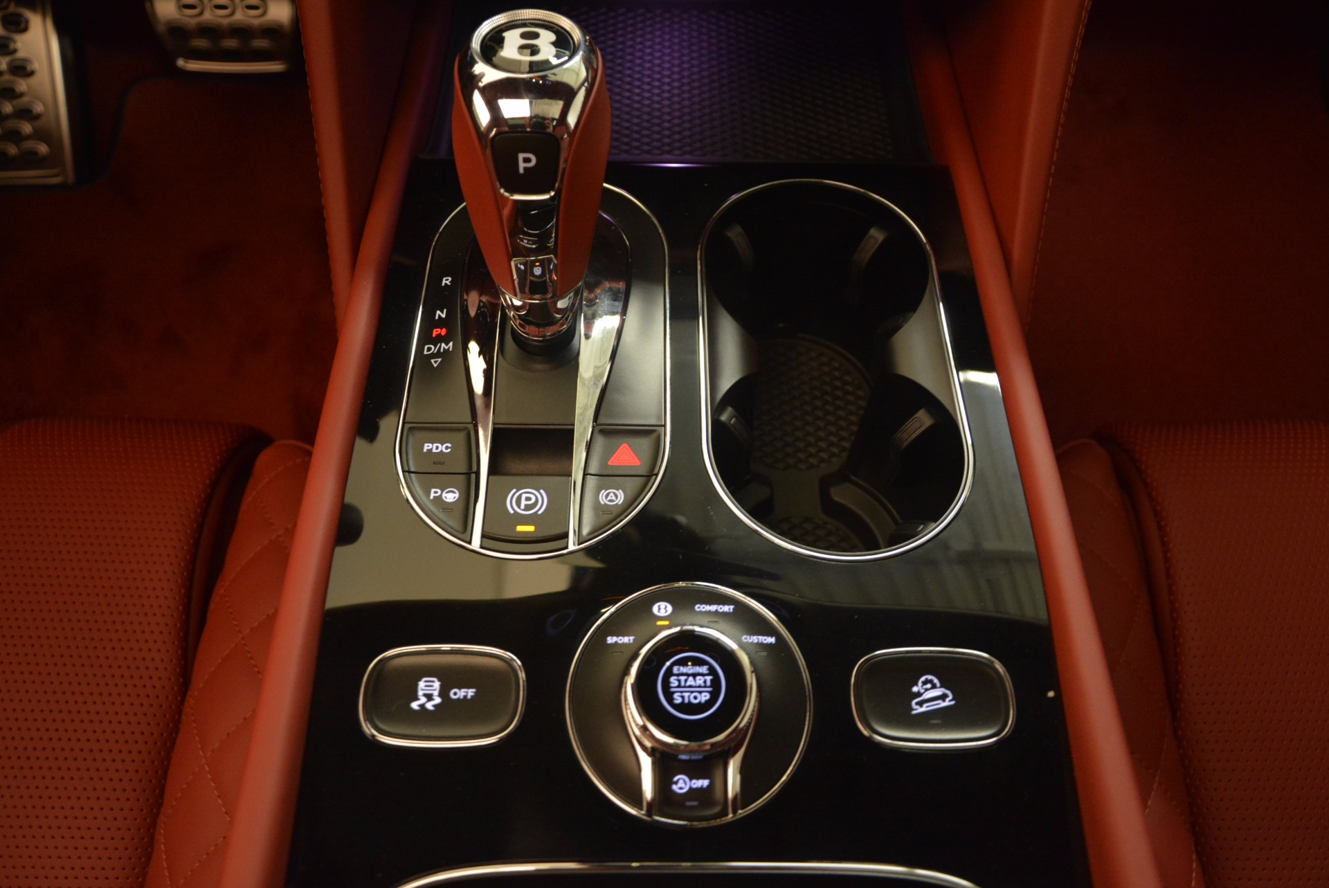 New 2018 Bentley Bentayga Black Edition For Sale In Greenwich, CT 1418_p40
