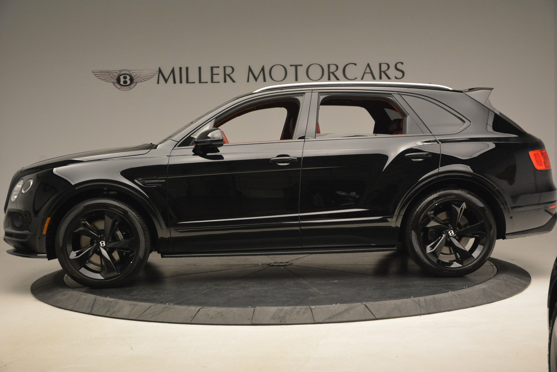 New 2018 Bentley Bentayga Black Edition For Sale In Greenwich, CT 1418_p4