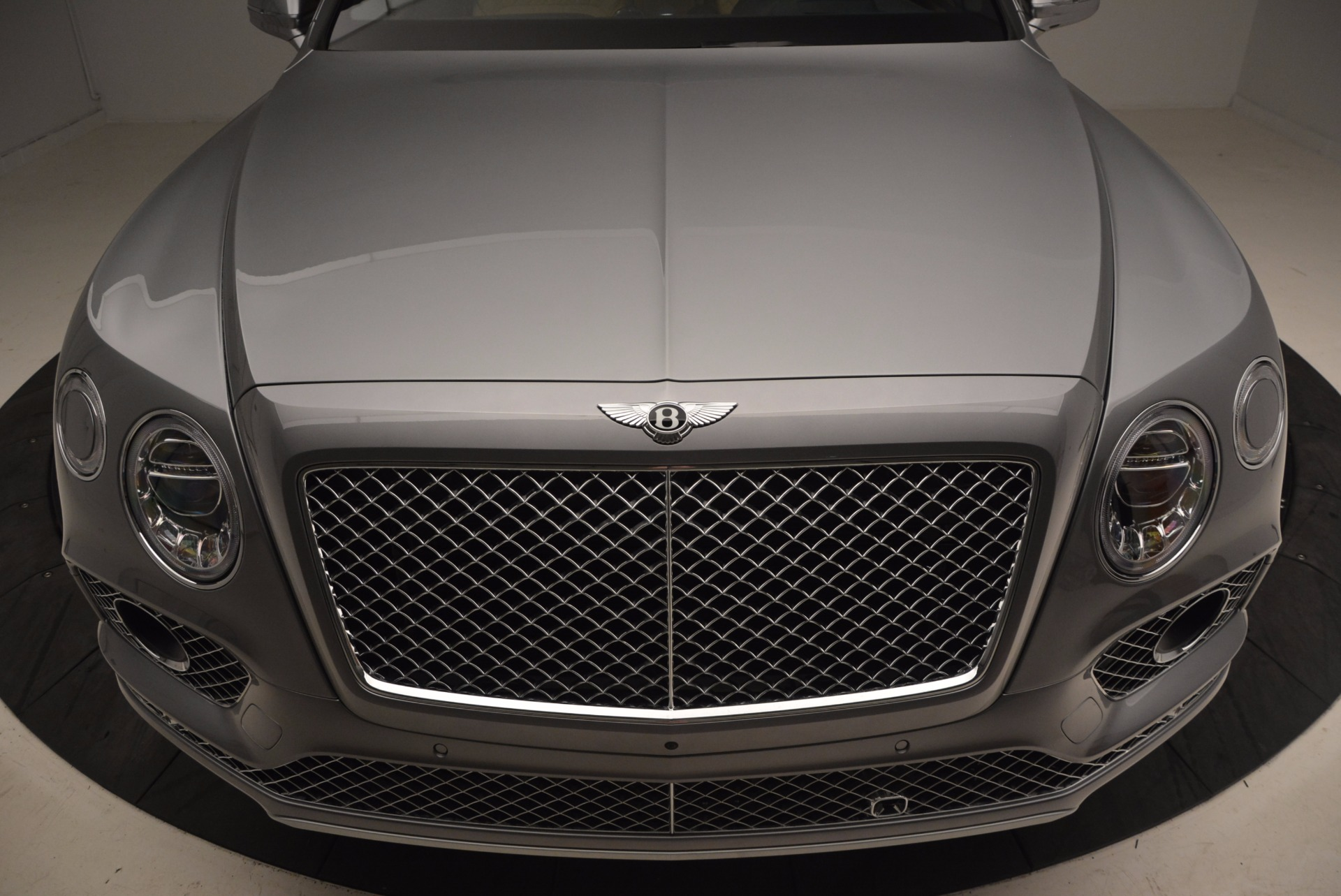 New 2018 Bentley Bentayga  For Sale In Greenwich, CT 1426_p13