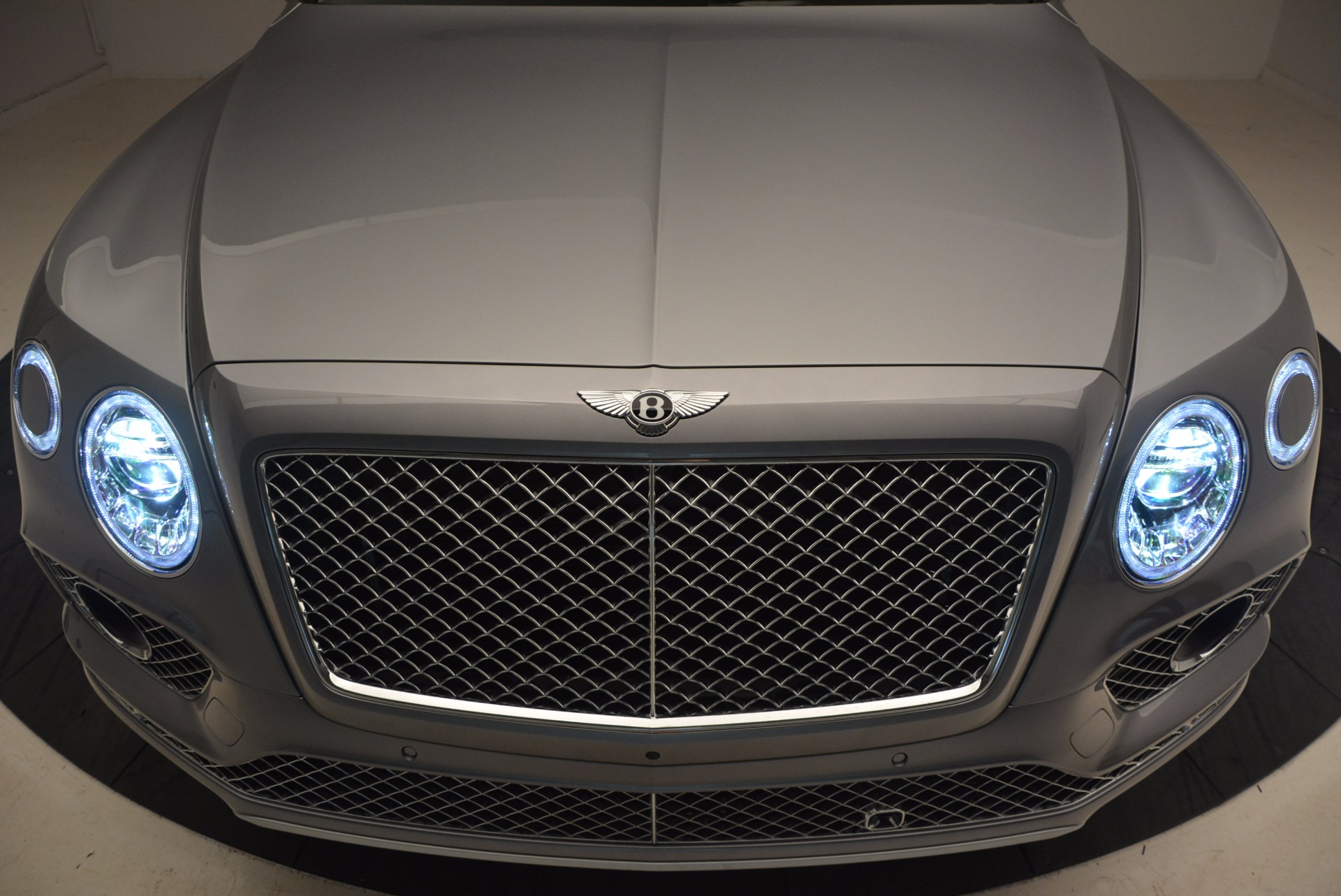 New 2018 Bentley Bentayga  For Sale In Greenwich, CT 1426_p14