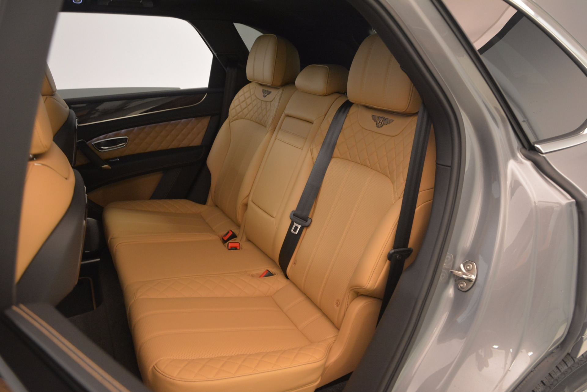 New 2018 Bentley Bentayga  For Sale In Greenwich, CT 1426_p42