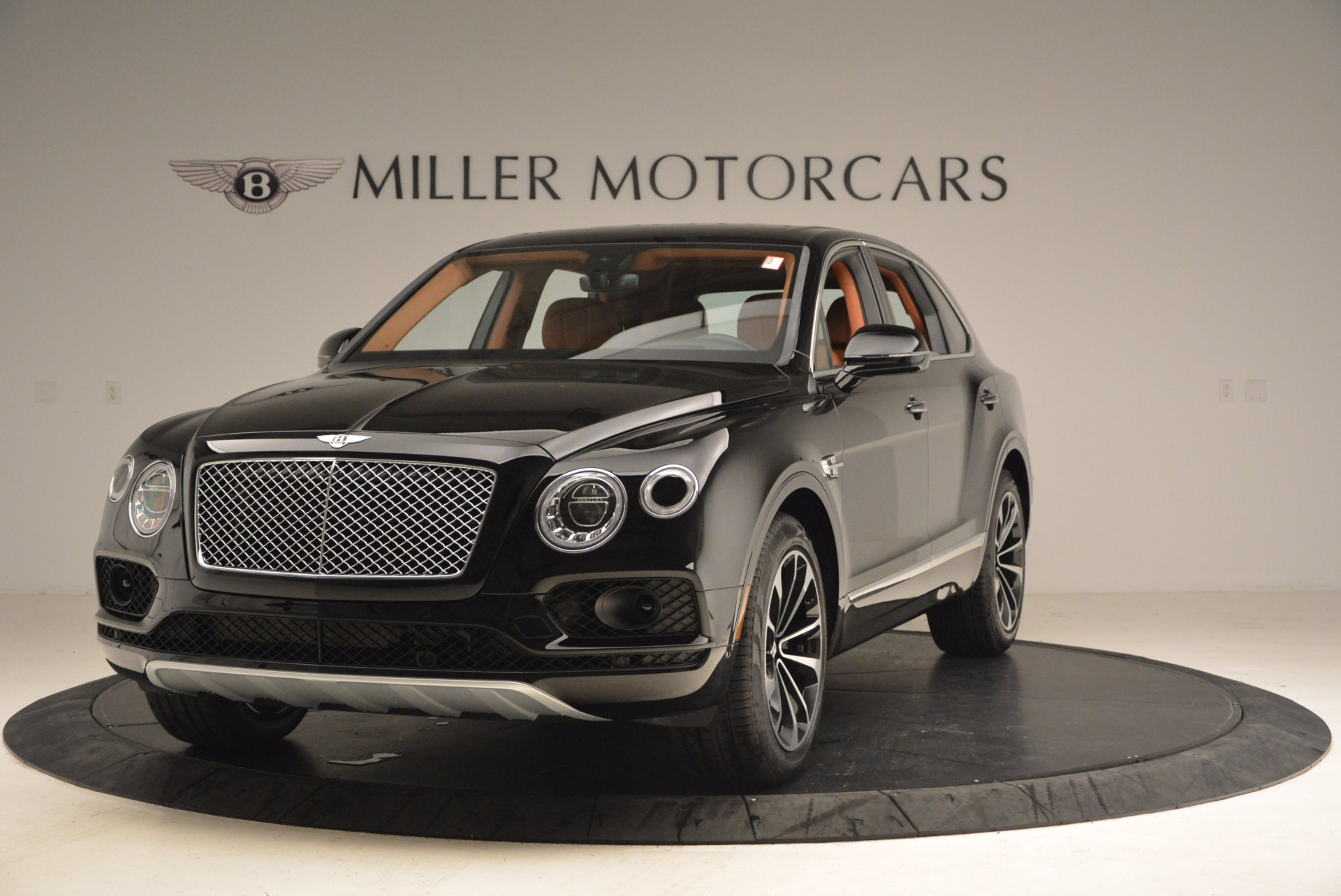 New 2018 Bentley Bentayga Onyx For Sale In Greenwich, CT 1428_main