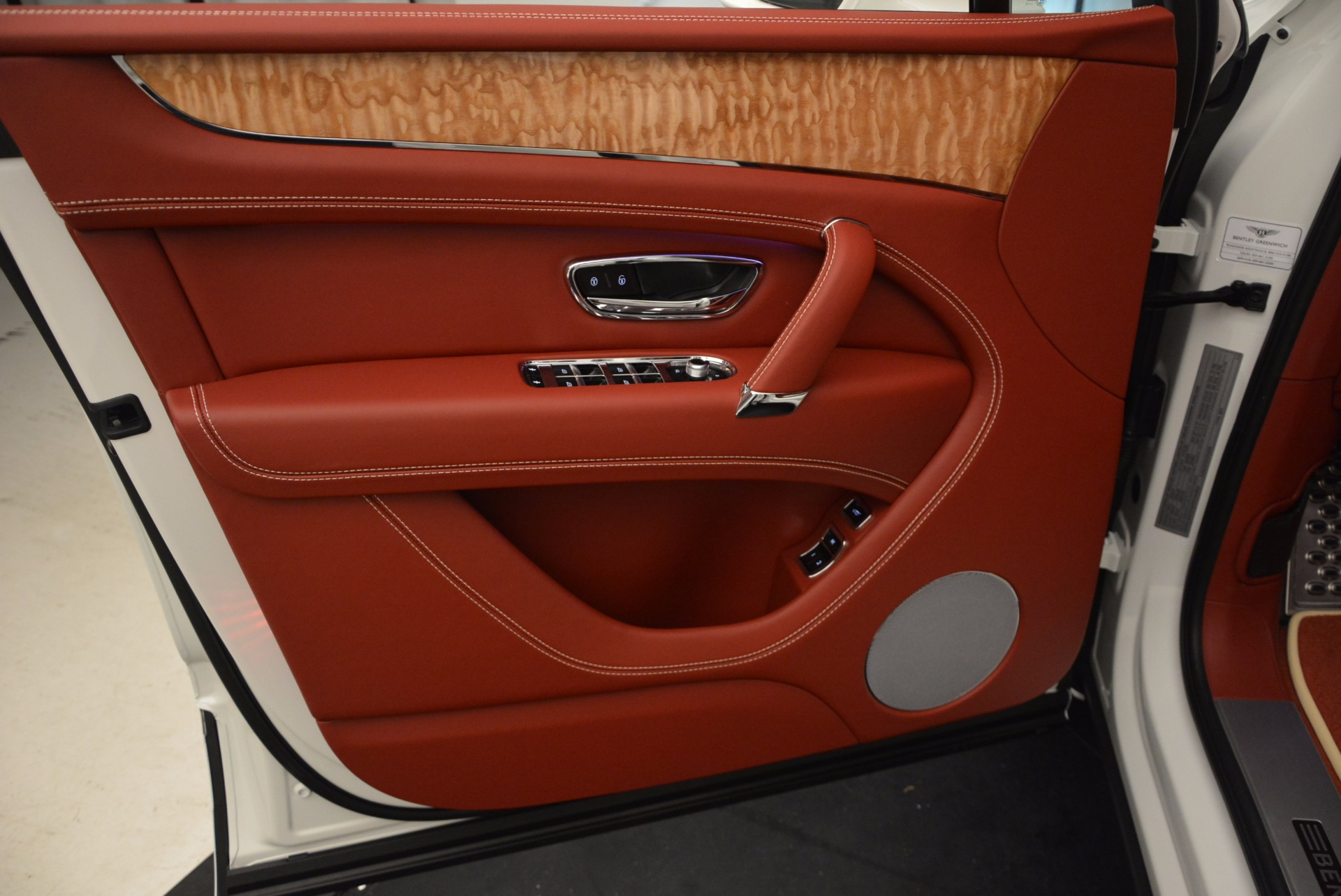 New 2018 Bentley Bentayga Onyx Edition For Sale In Greenwich, CT 1429_p22