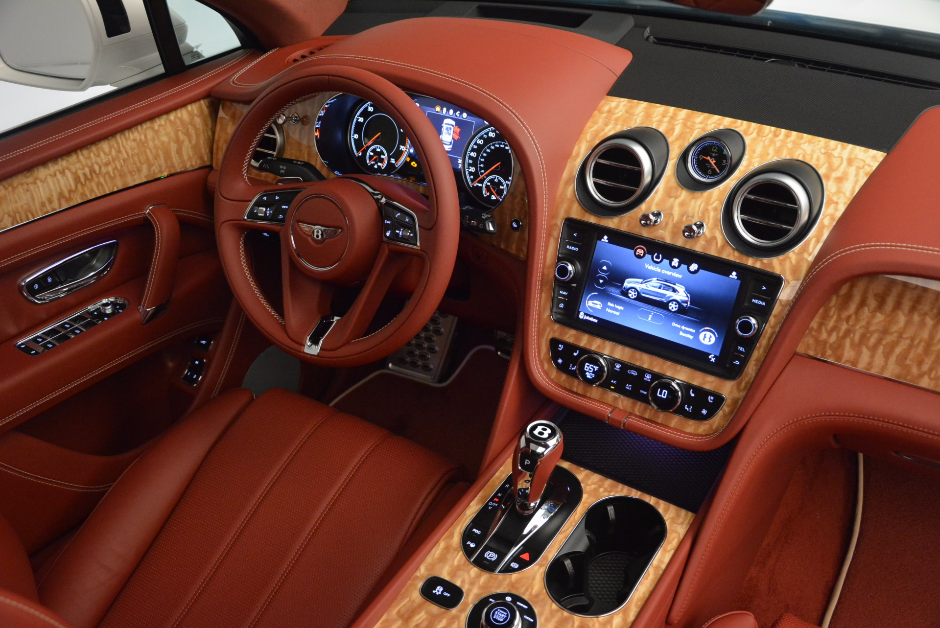 New 2018 Bentley Bentayga Onyx Edition For Sale In Greenwich, CT 1429_p44