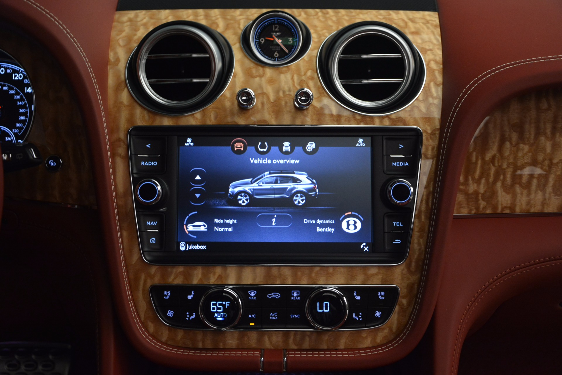 New 2018 Bentley Bentayga Onyx Edition For Sale In Greenwich, CT 1429_p47