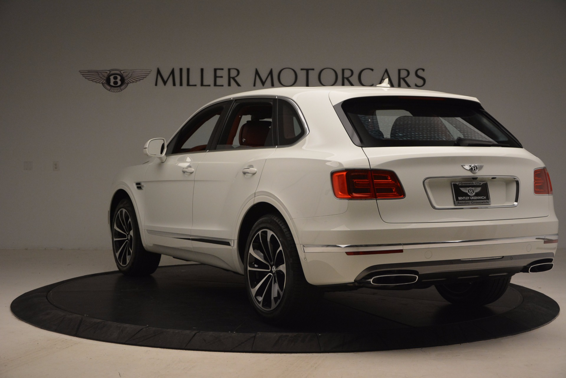 New 2018 Bentley Bentayga Onyx Edition For Sale In Greenwich, CT 1429_p5