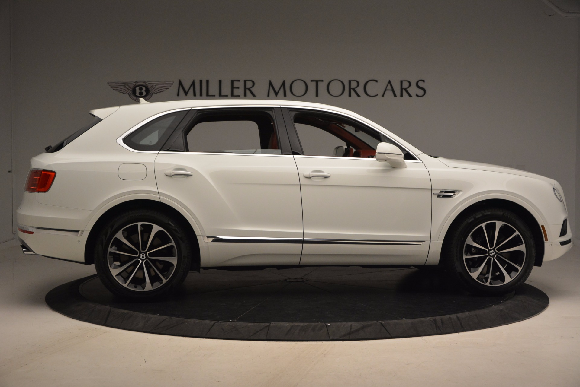 New 2018 Bentley Bentayga Onyx Edition For Sale In Greenwich, CT 1429_p9