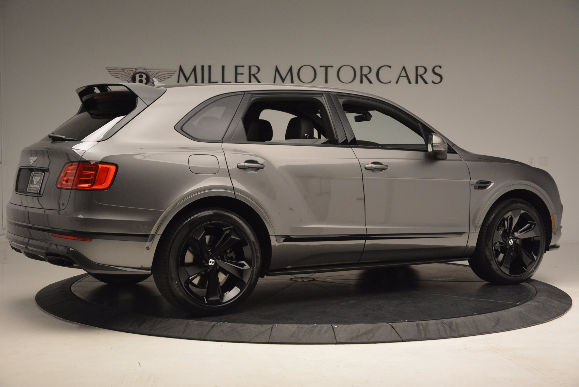 New 2018 Bentley Bentayga Black Edition For Sale In Greenwich, CT 1431_p10