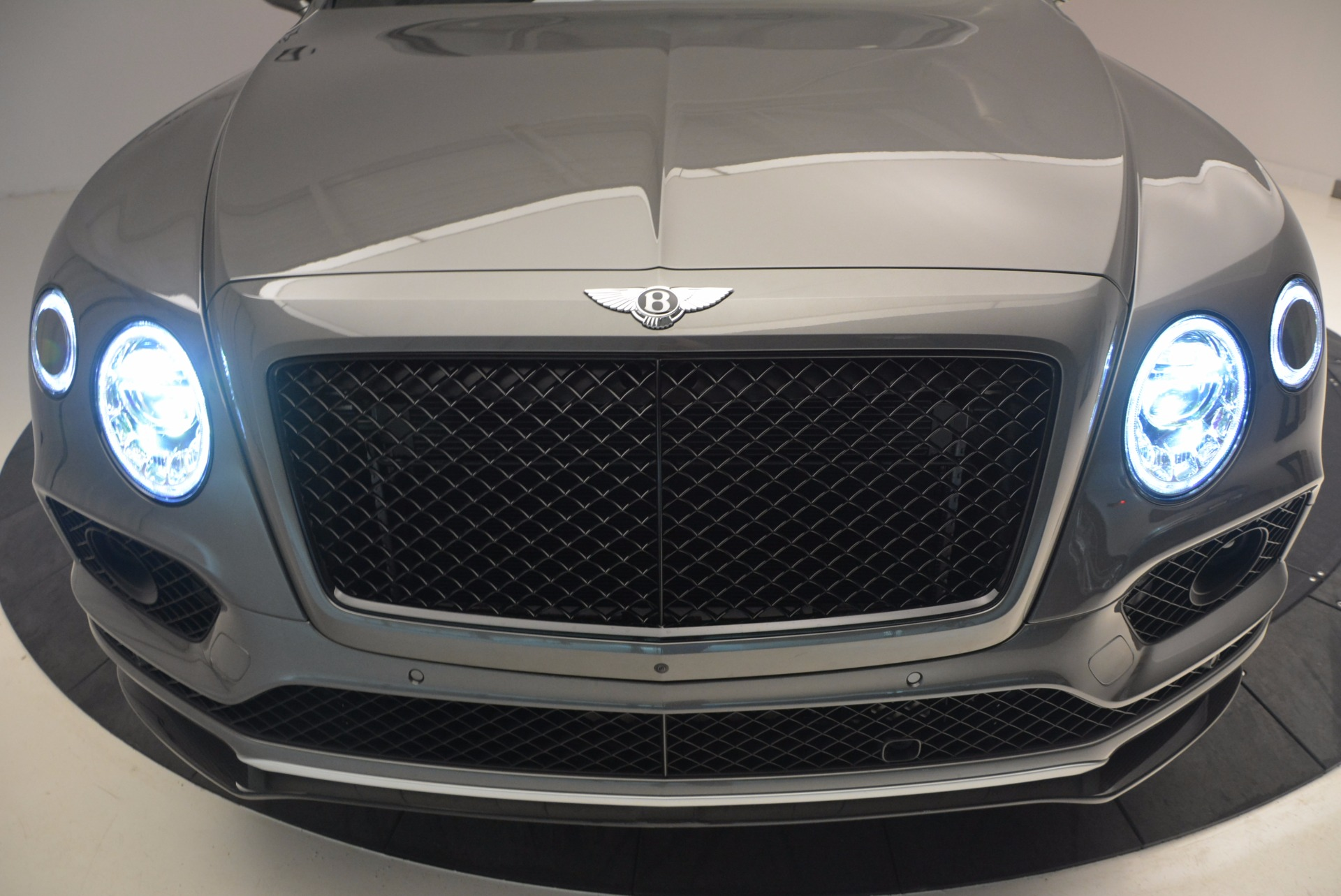New 2018 Bentley Bentayga Black Edition For Sale In Greenwich, CT 1431_p16