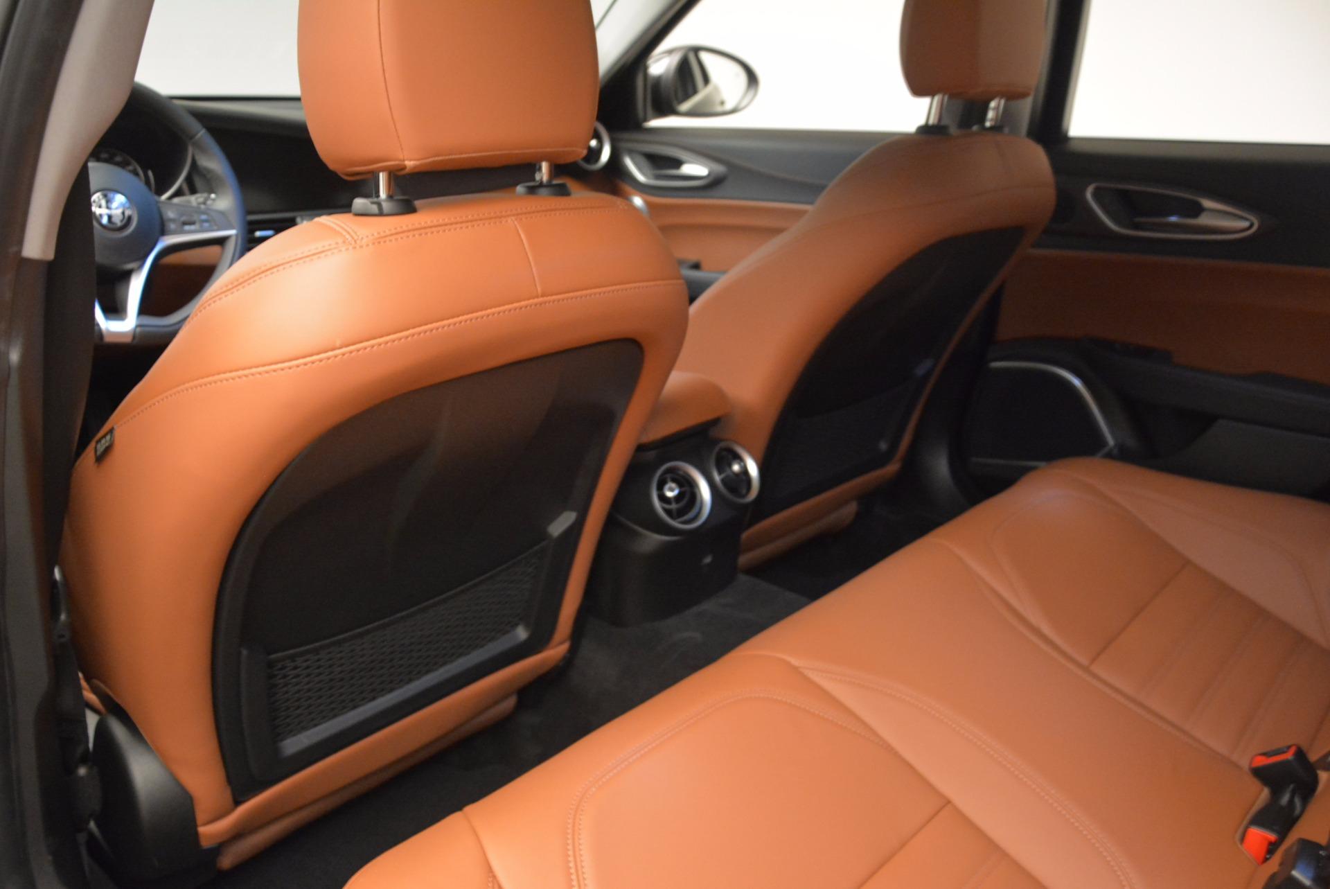 New 2017 Alfa Romeo Giulia Ti Lusso Q4 For Sale In Greenwich, CT 1434_p16