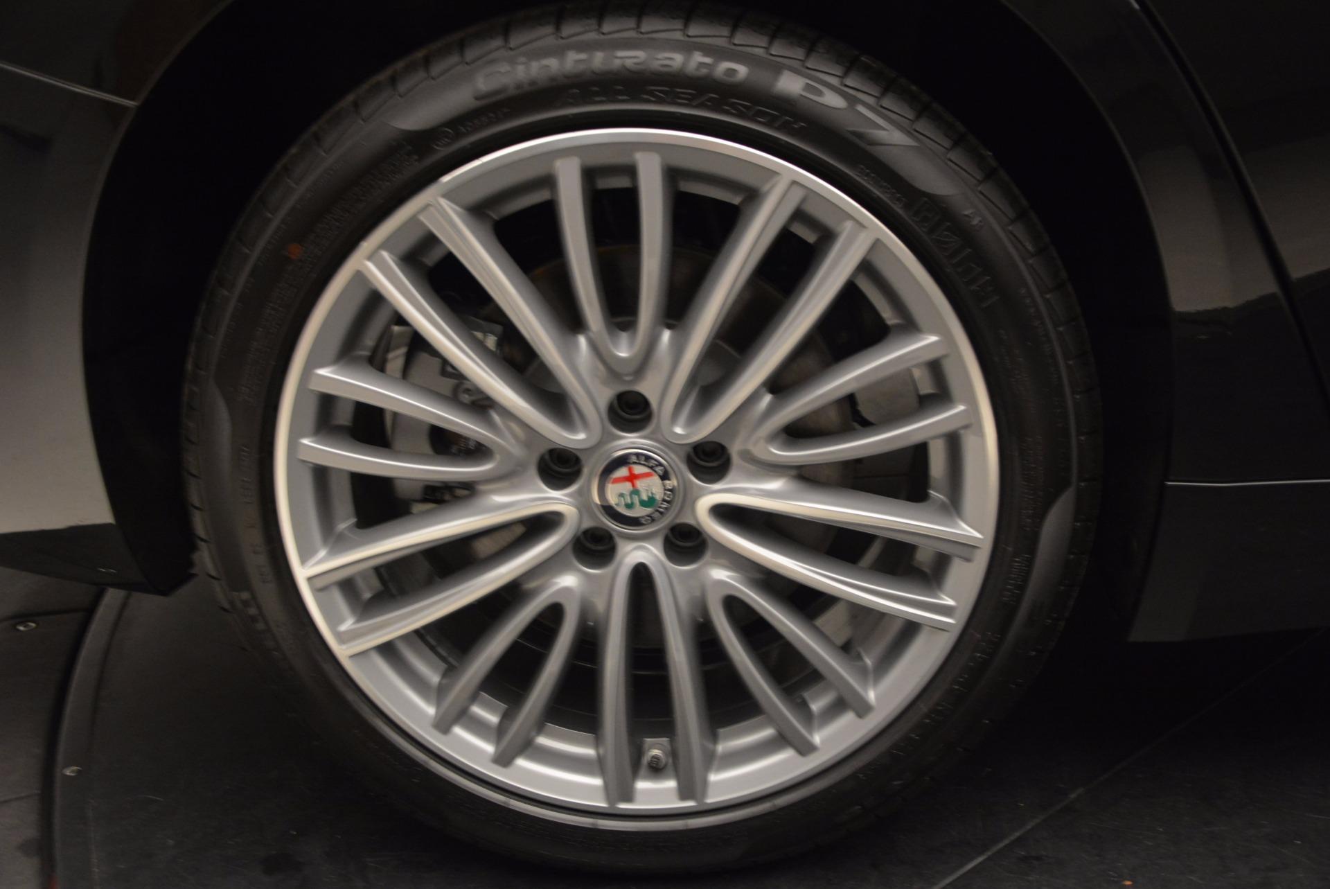 New 2017 Alfa Romeo Giulia Ti Lusso Q4 For Sale In Greenwich, CT 1434_p25