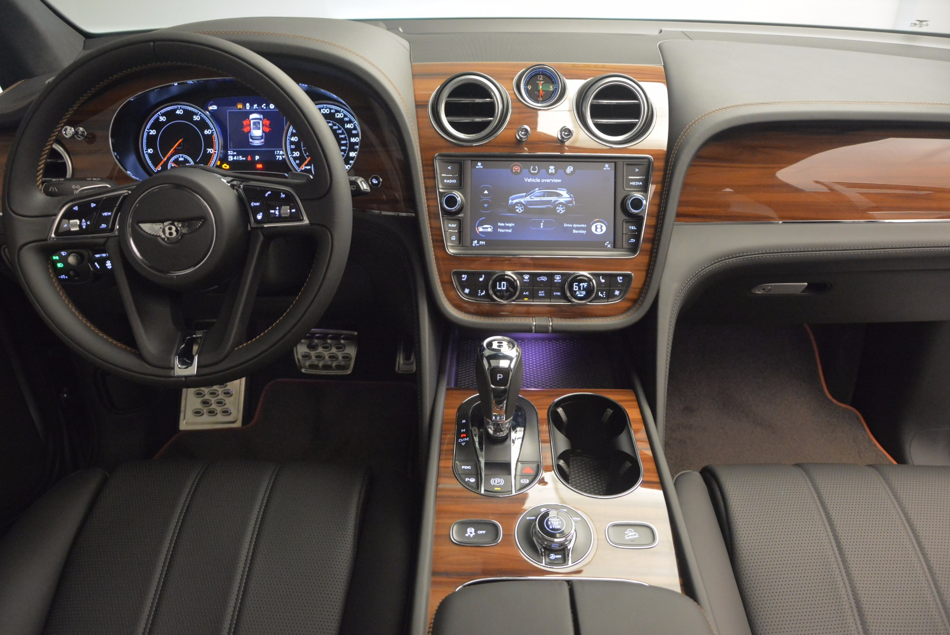 New 2018 Bentley Bentayga Onyx For Sale In Greenwich, CT 1446_p46