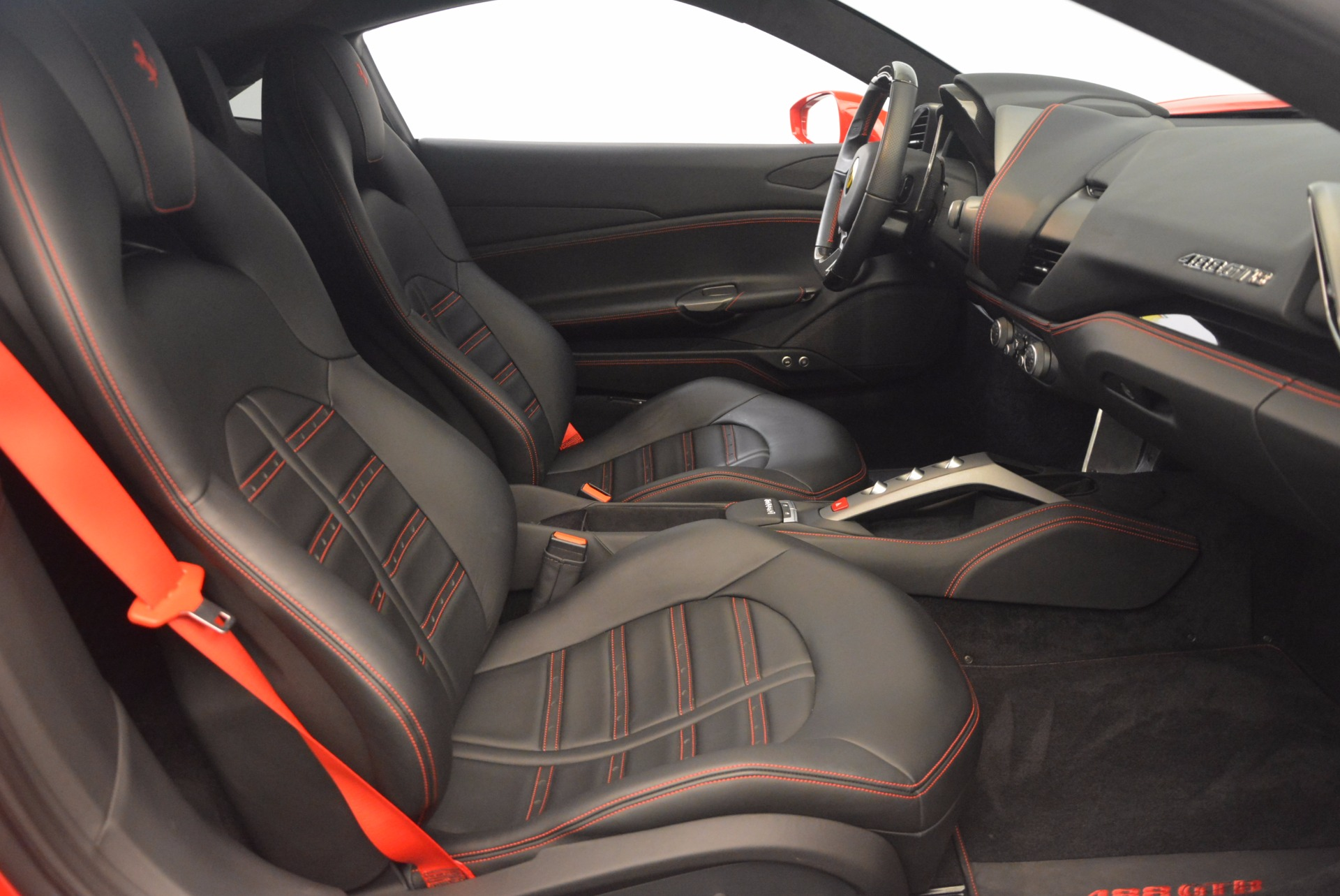 Used 2016 Ferrari 488 GTB  For Sale In Greenwich, CT 1447_p18