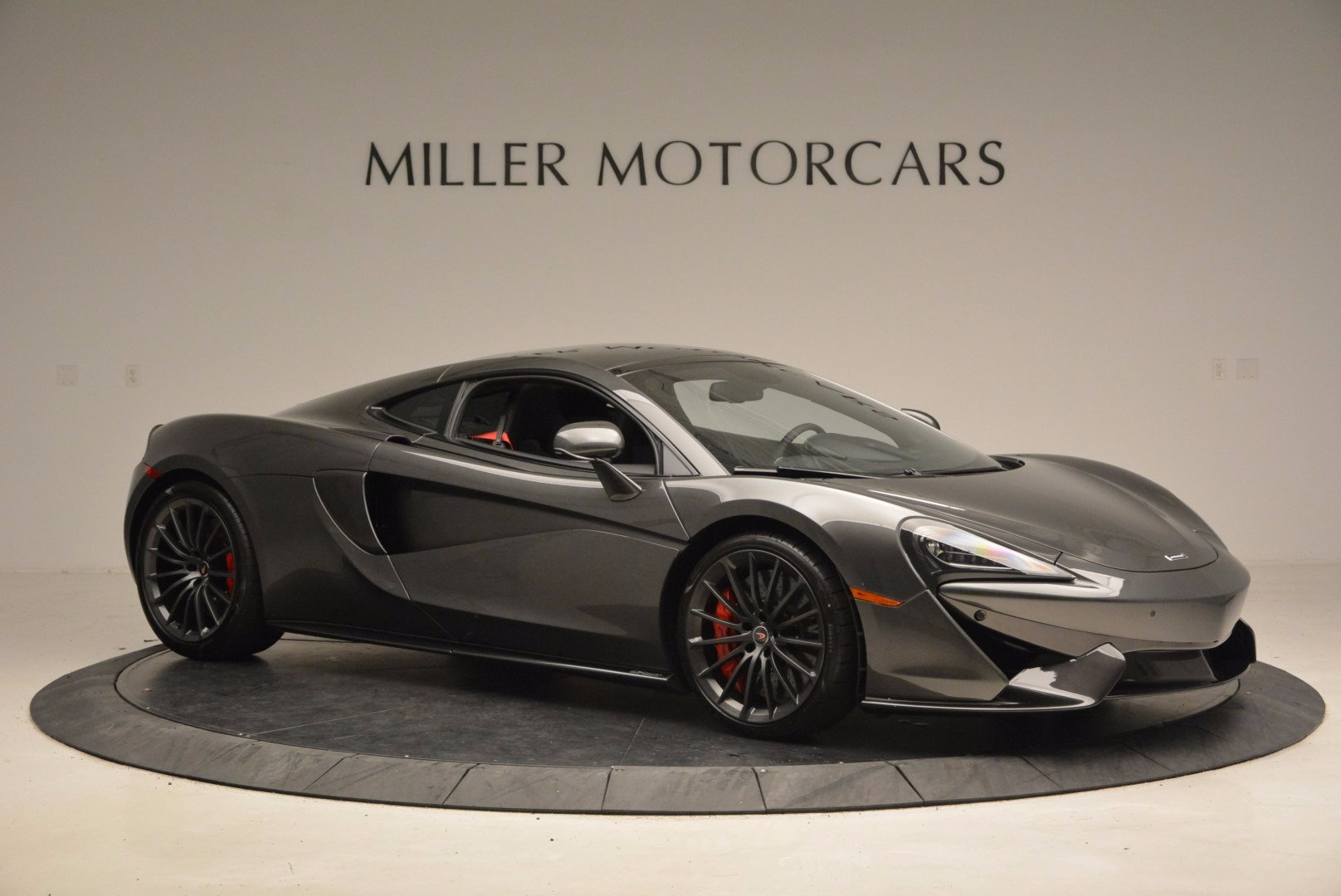 New 2017 McLaren 570GT  For Sale In Greenwich, CT 1451_p10
