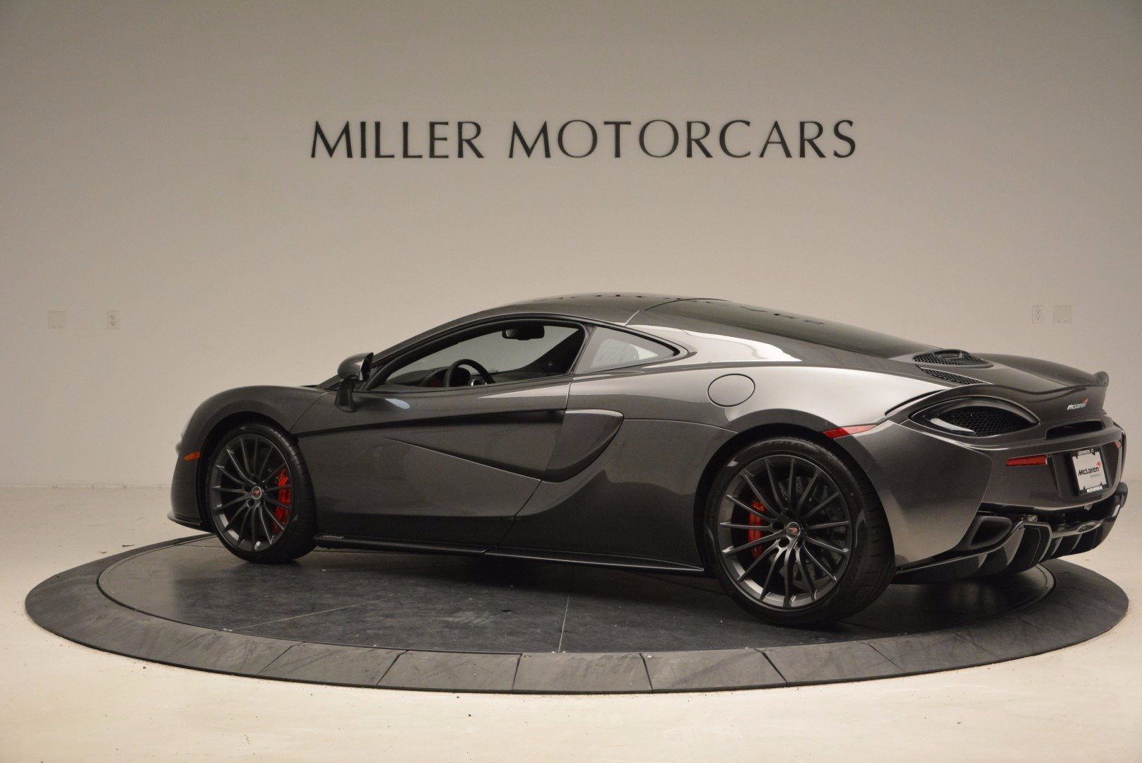 New 2017 McLaren 570GT  For Sale In Greenwich, CT 1451_p4