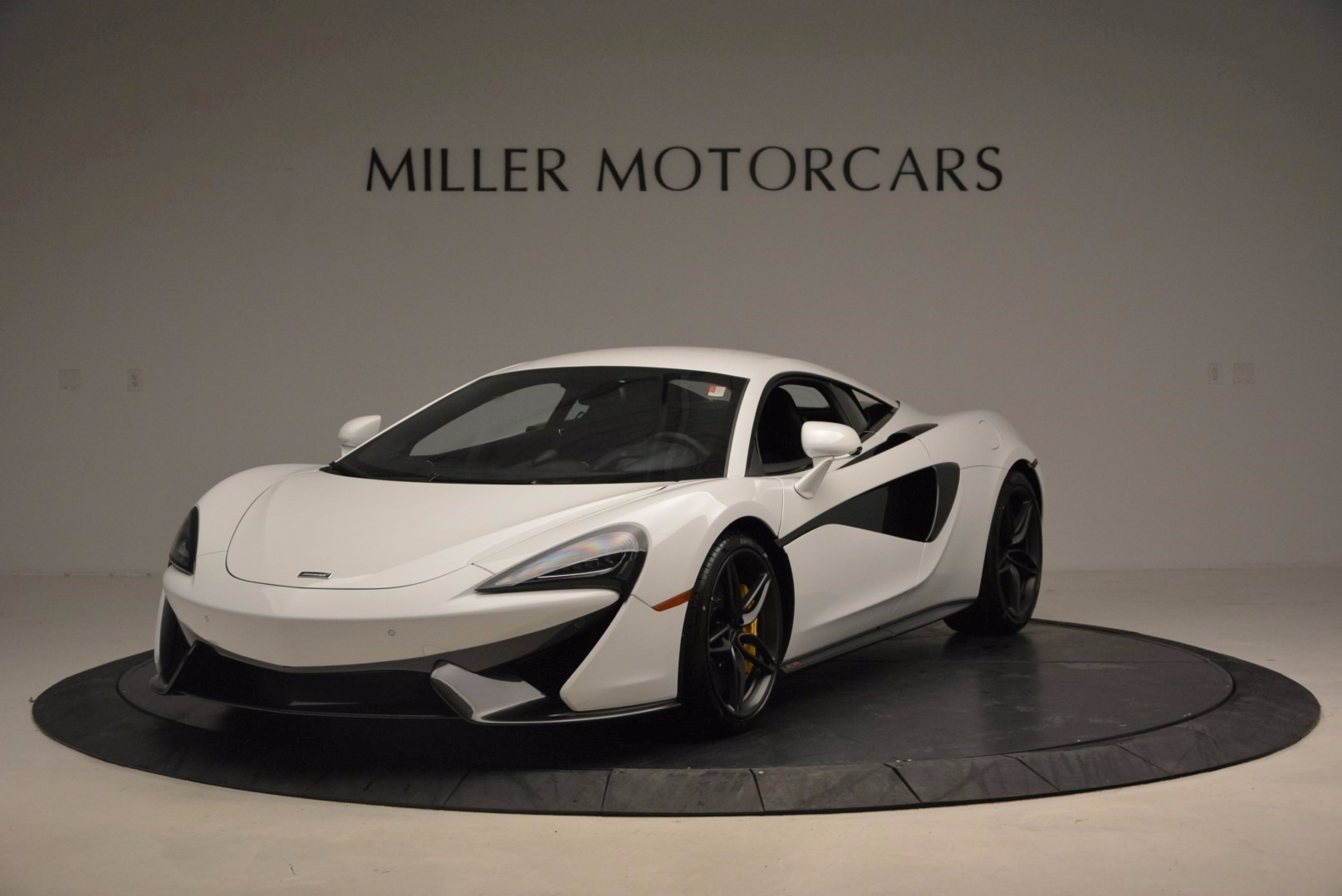 New 2017 McLaren 570S  For Sale In Greenwich, CT 1452_main