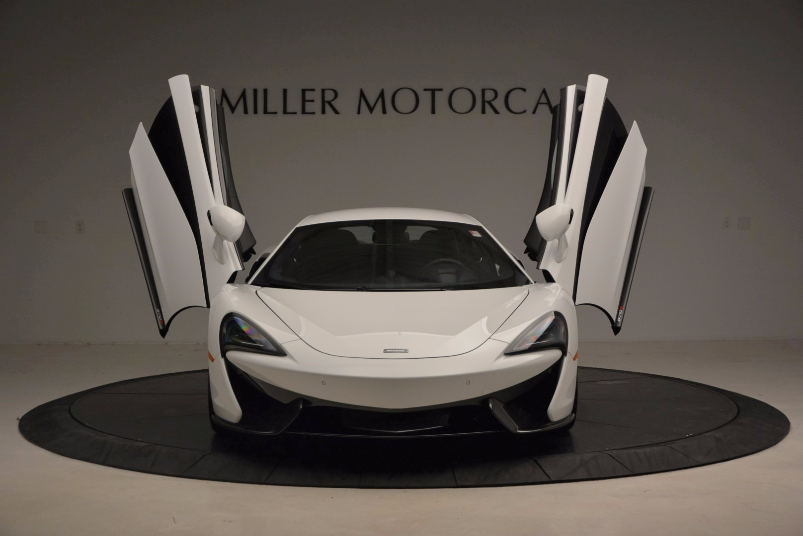 New 2017 McLaren 570S  For Sale In Greenwich, CT 1452_p13