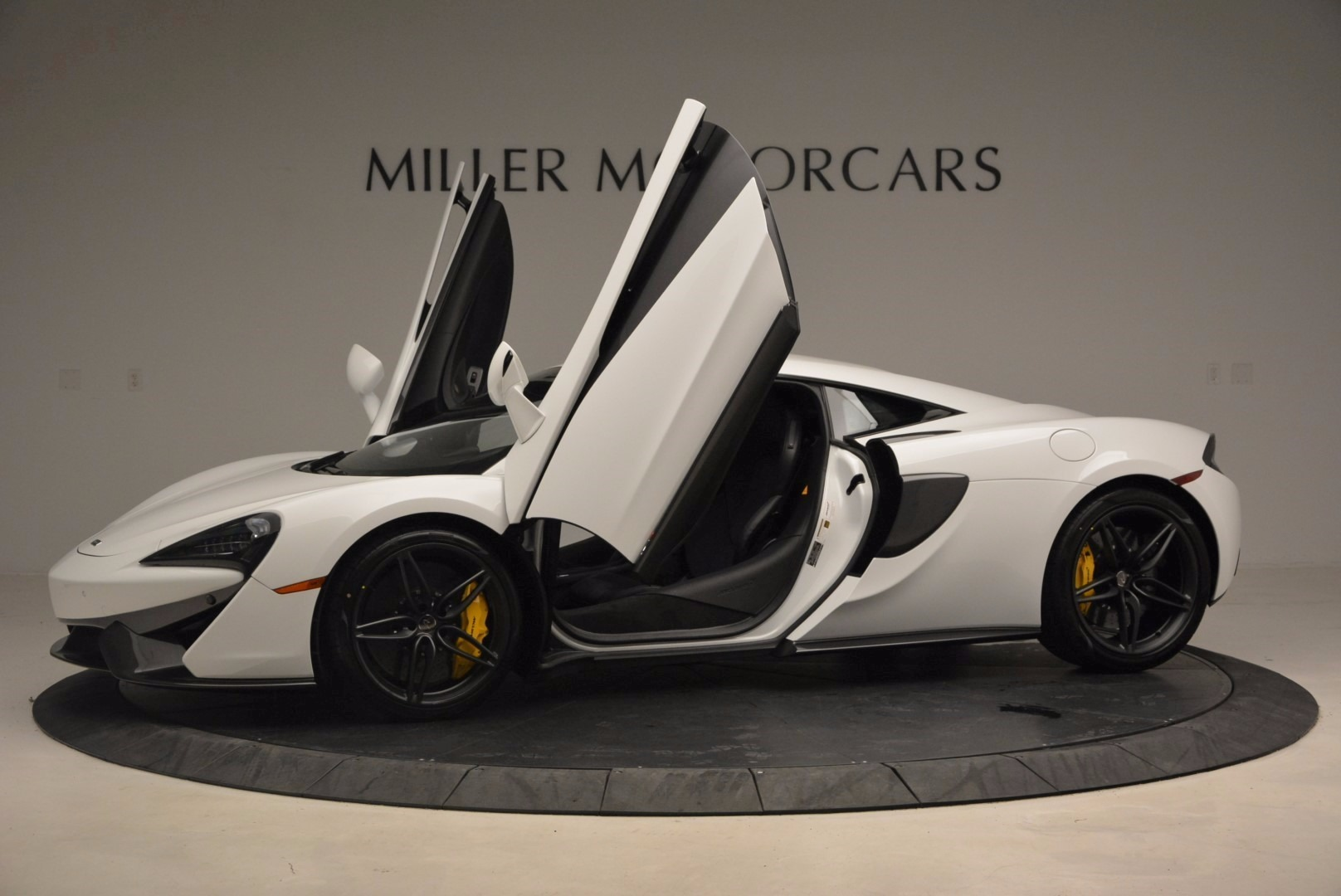 New 2017 McLaren 570S  For Sale In Greenwich, CT 1452_p15