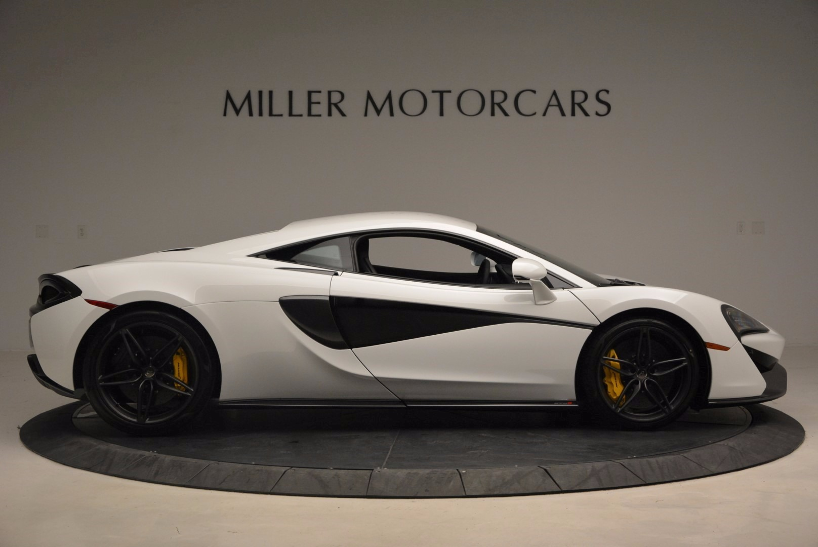 New 2017 McLaren 570S  For Sale In Greenwich, CT 1452_p9