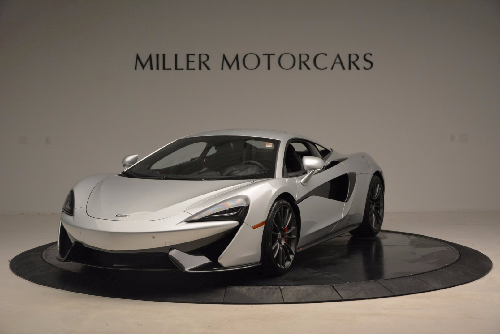 Used 2017 McLaren 570S  For Sale In Greenwich, CT 1453_main