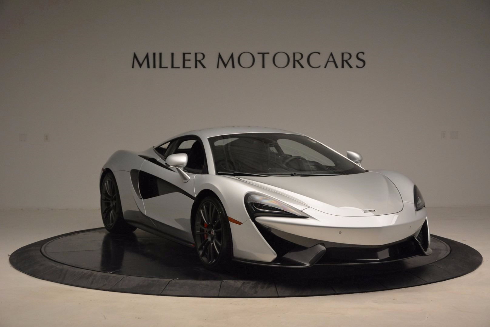 Used 2017 McLaren 570S  For Sale In Greenwich, CT 1453_p11