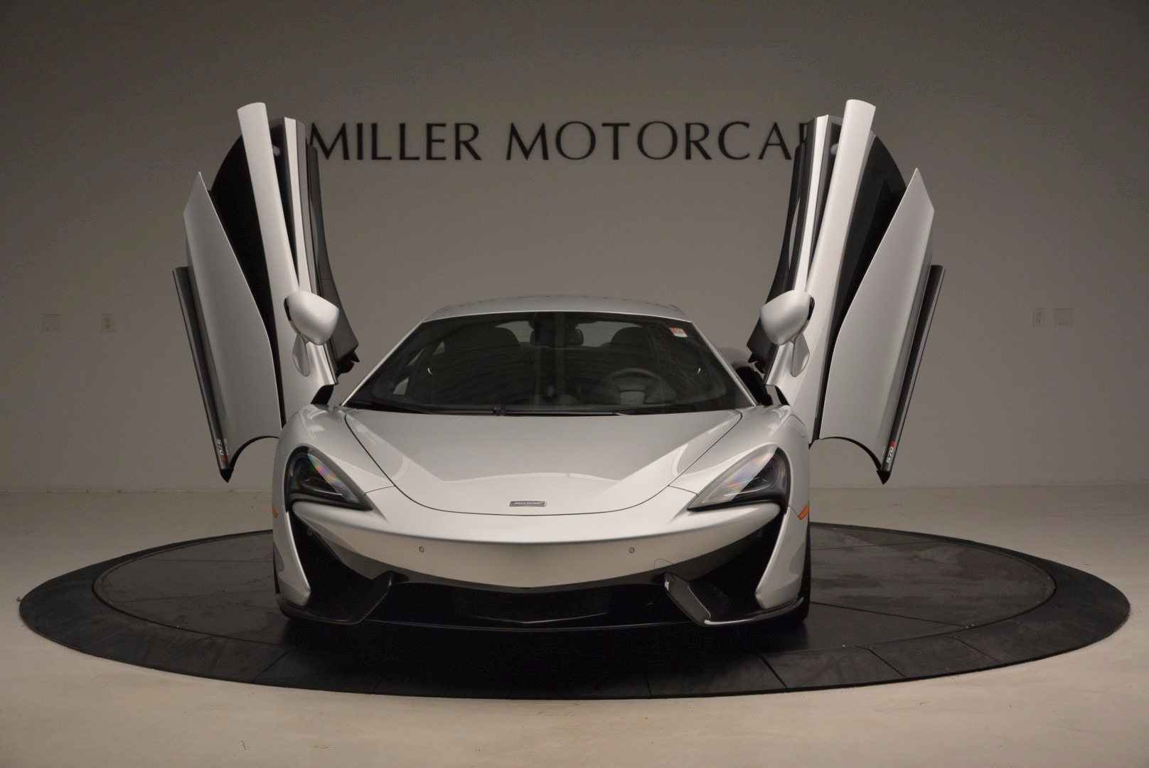 Used 2017 McLaren 570S  For Sale In Greenwich, CT 1453_p13