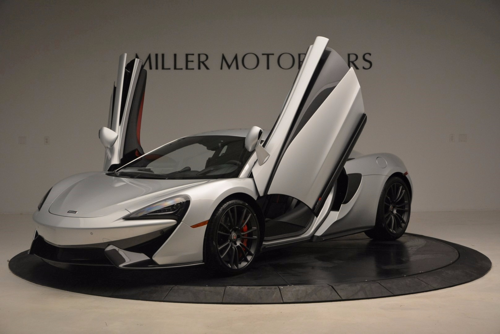 Used 2017 McLaren 570S  For Sale In Greenwich, CT 1453_p14