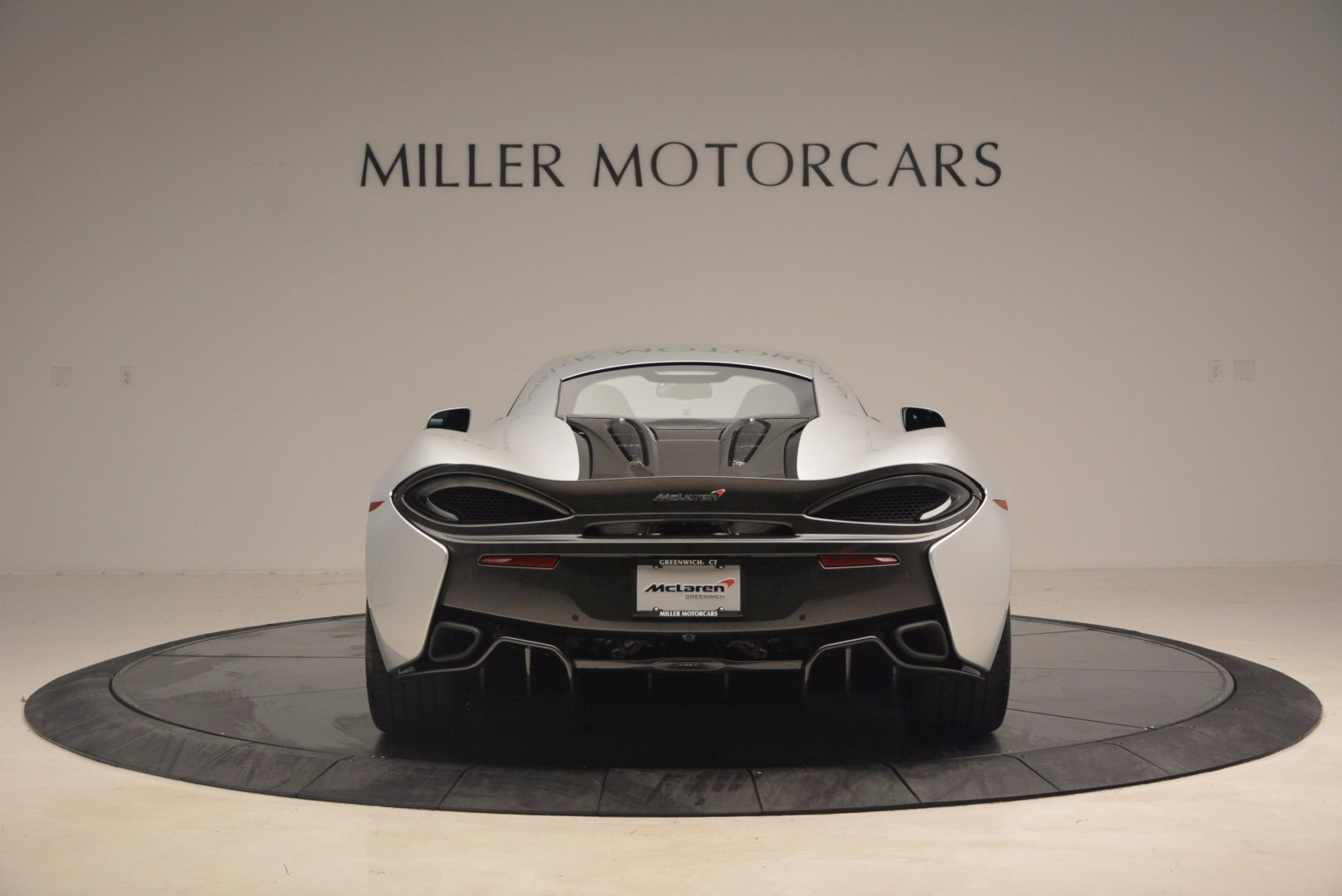 Used 2017 McLaren 570S  For Sale In Greenwich, CT 1453_p6