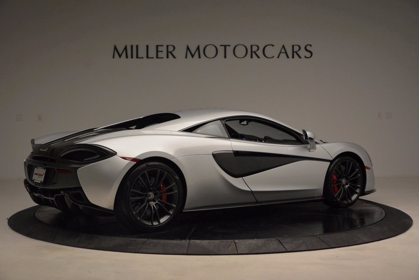 Used 2017 McLaren 570S  For Sale In Greenwich, CT 1453_p8