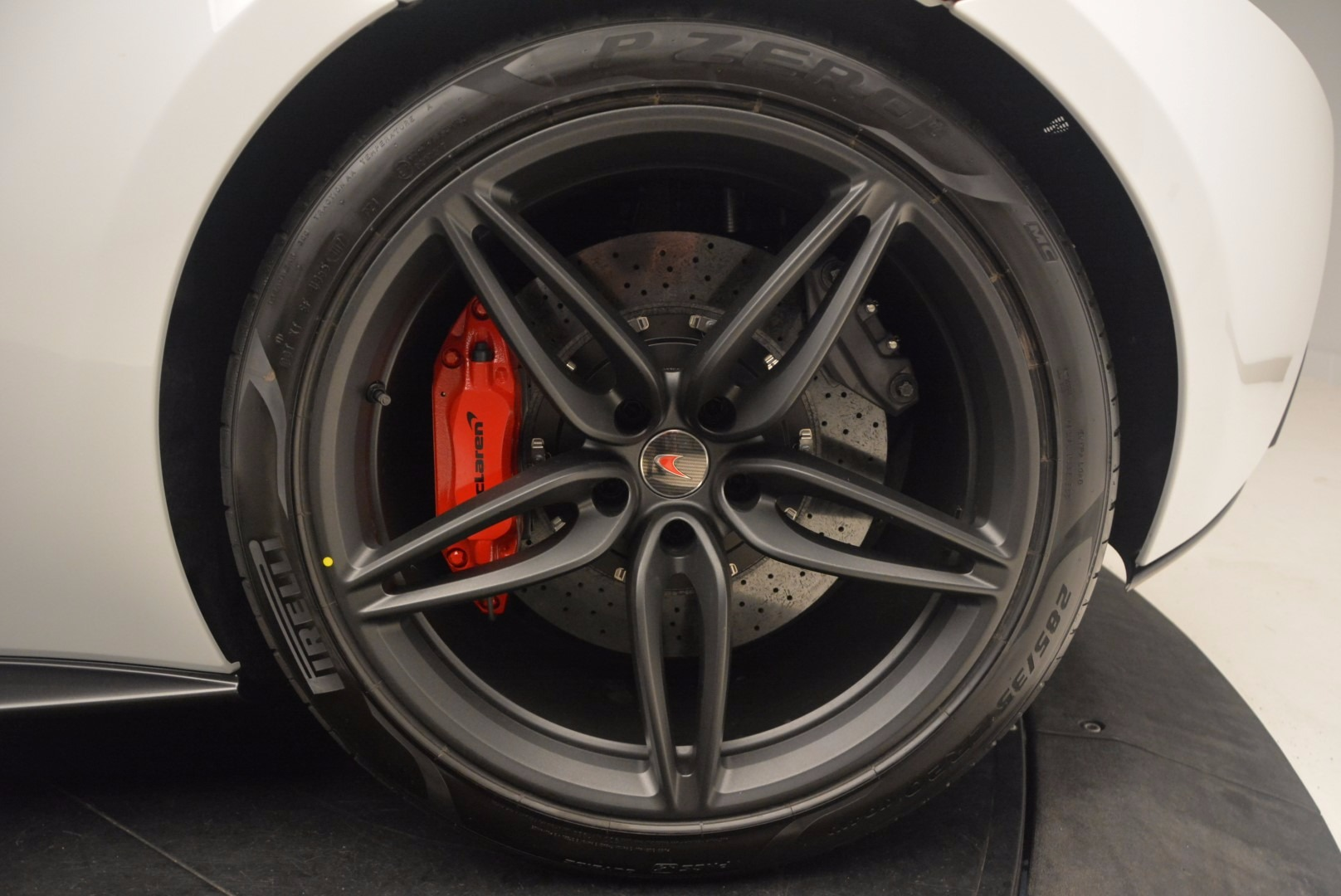 Used 2017 McLaren 570S  For Sale In Greenwich, CT 1454_p15