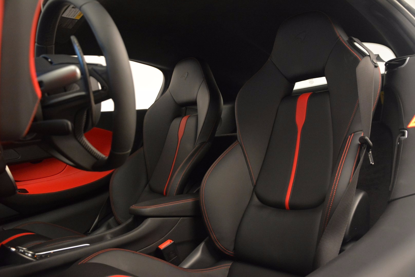 Used 2017 McLaren 570S  For Sale In Greenwich, CT 1454_p18