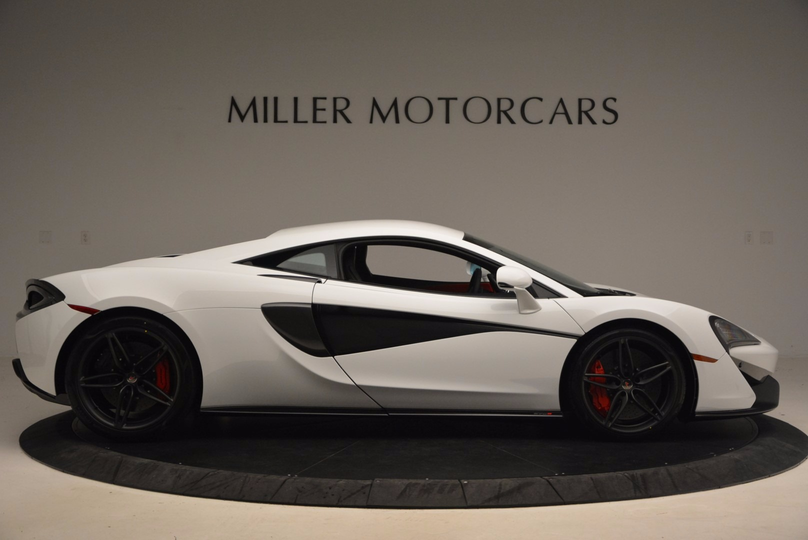 Used 2017 McLaren 570S  For Sale In Greenwich, CT 1454_p9