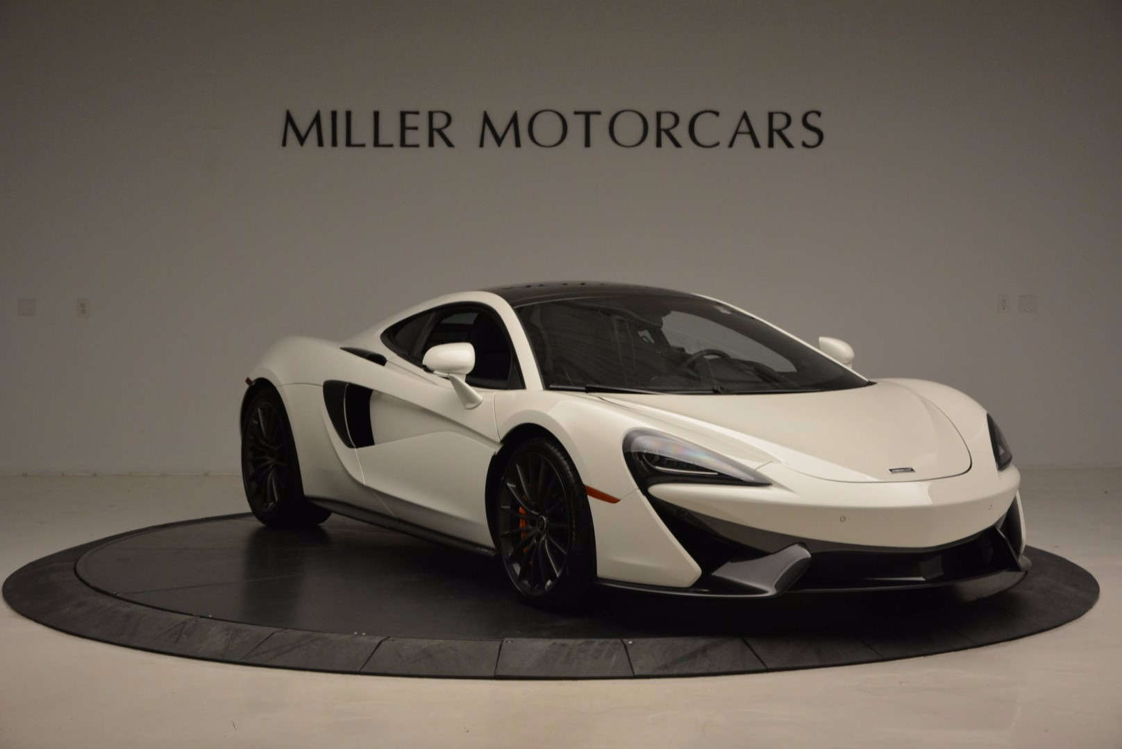 Used 2017 McLaren 570GT  For Sale In Greenwich, CT 1455_p11