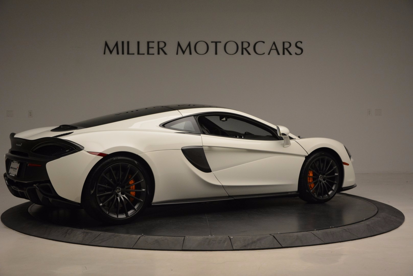 Used 2017 McLaren 570GT  For Sale In Greenwich, CT 1455_p8