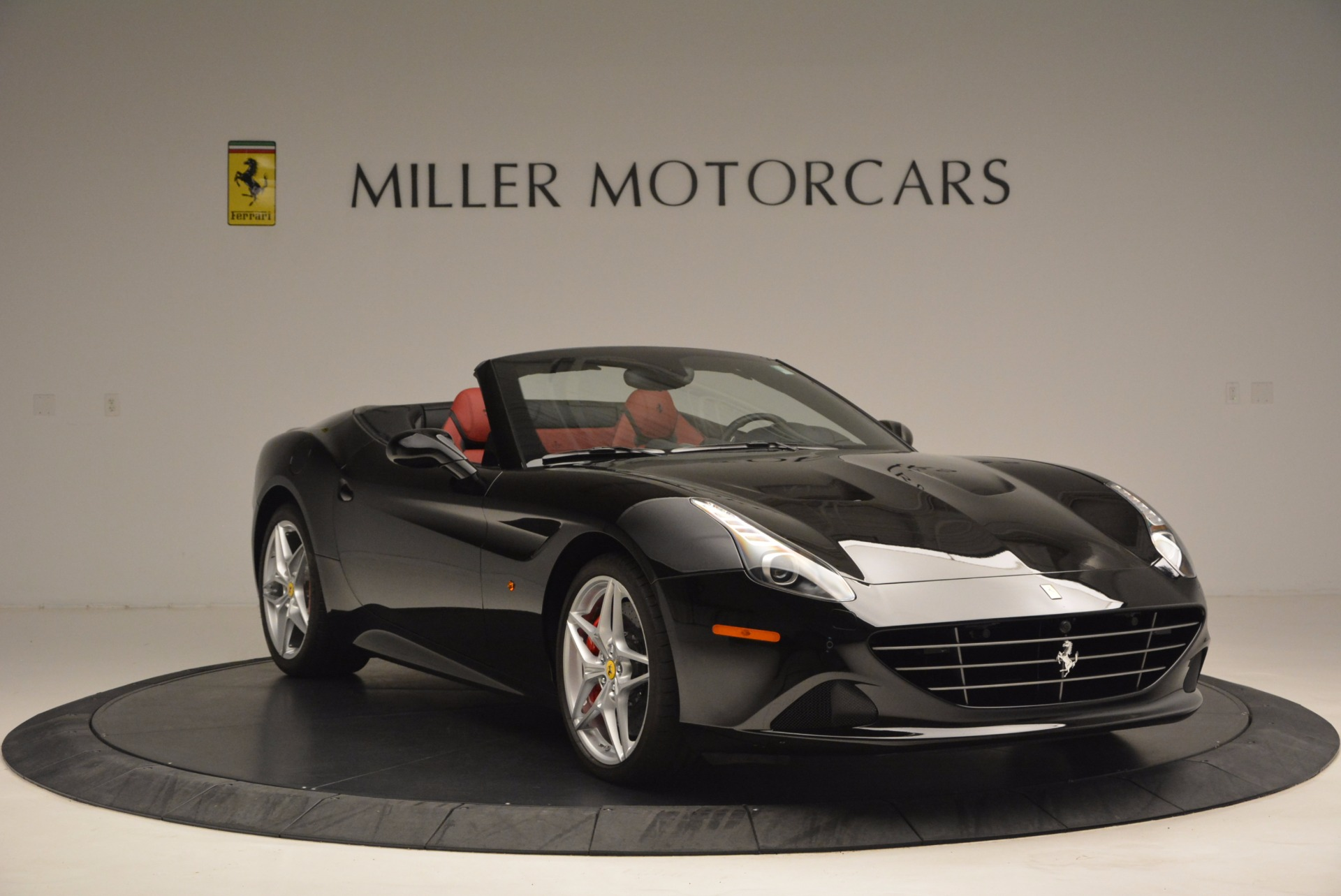 Used 2016 Ferrari California T Handling Speciale For Sale In Greenwich, CT 1458_p11