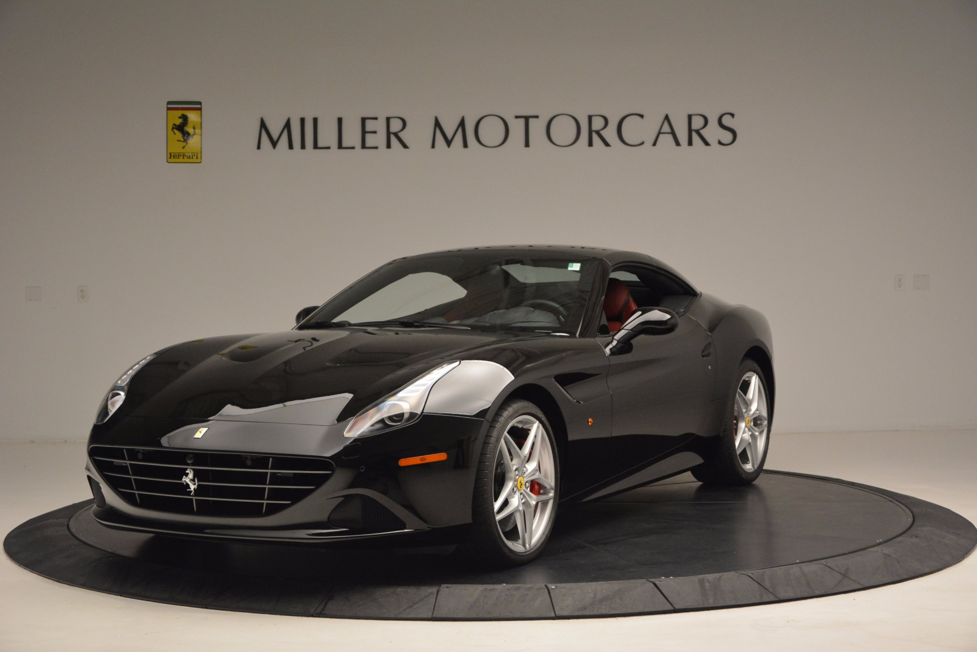 Used 2016 Ferrari California T Handling Speciale For Sale In Greenwich, CT 1458_p13