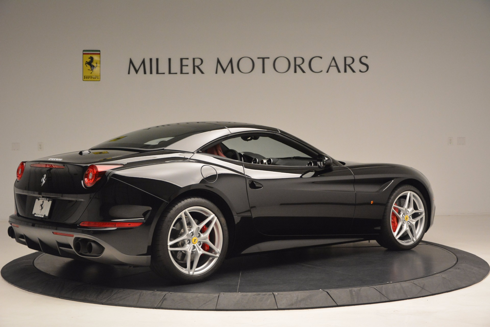 Used 2016 Ferrari California T Handling Speciale For Sale In Greenwich, CT 1458_p20