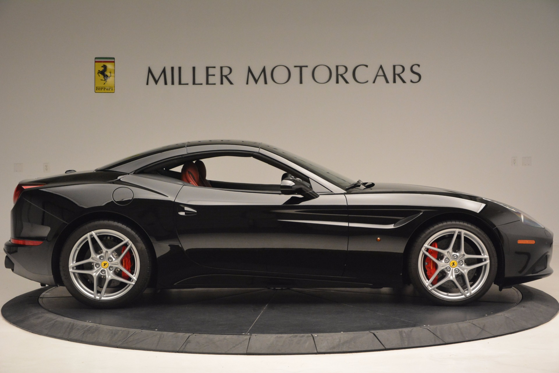 Used 2016 Ferrari California T Handling Speciale For Sale In Greenwich, CT 1458_p21