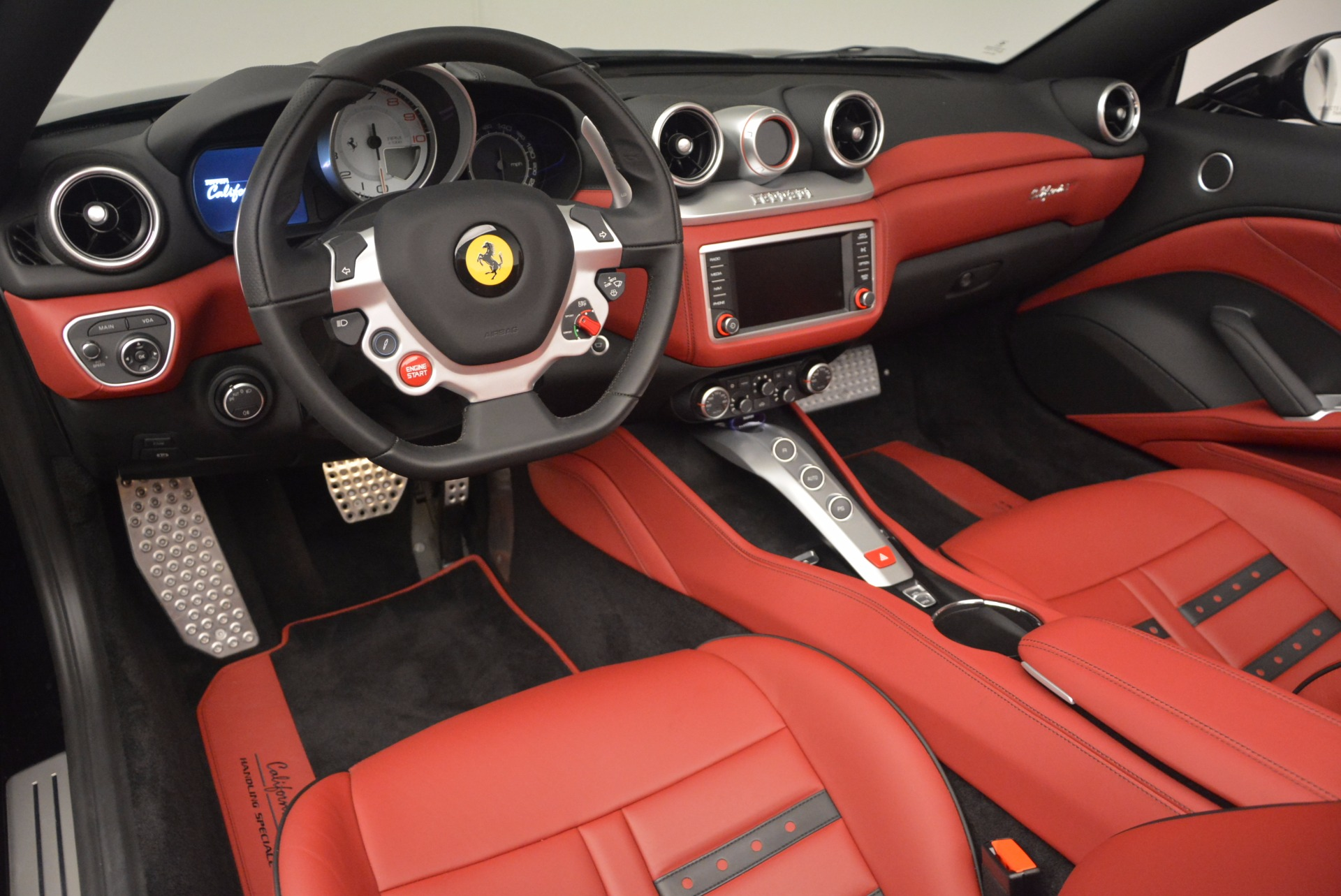 Used 2016 Ferrari California T Handling Speciale For Sale In Greenwich, CT 1458_p25