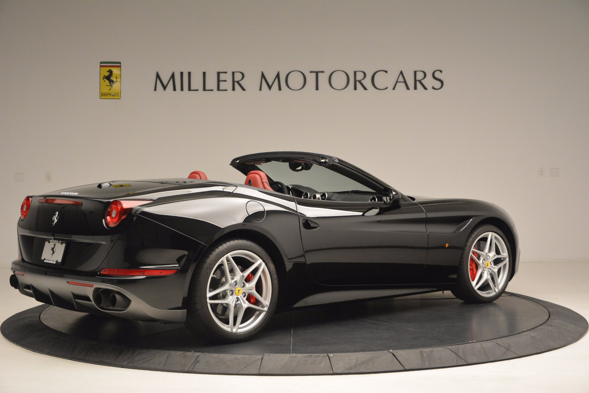 Used 2016 Ferrari California T Handling Speciale For Sale In Greenwich, CT 1458_p8