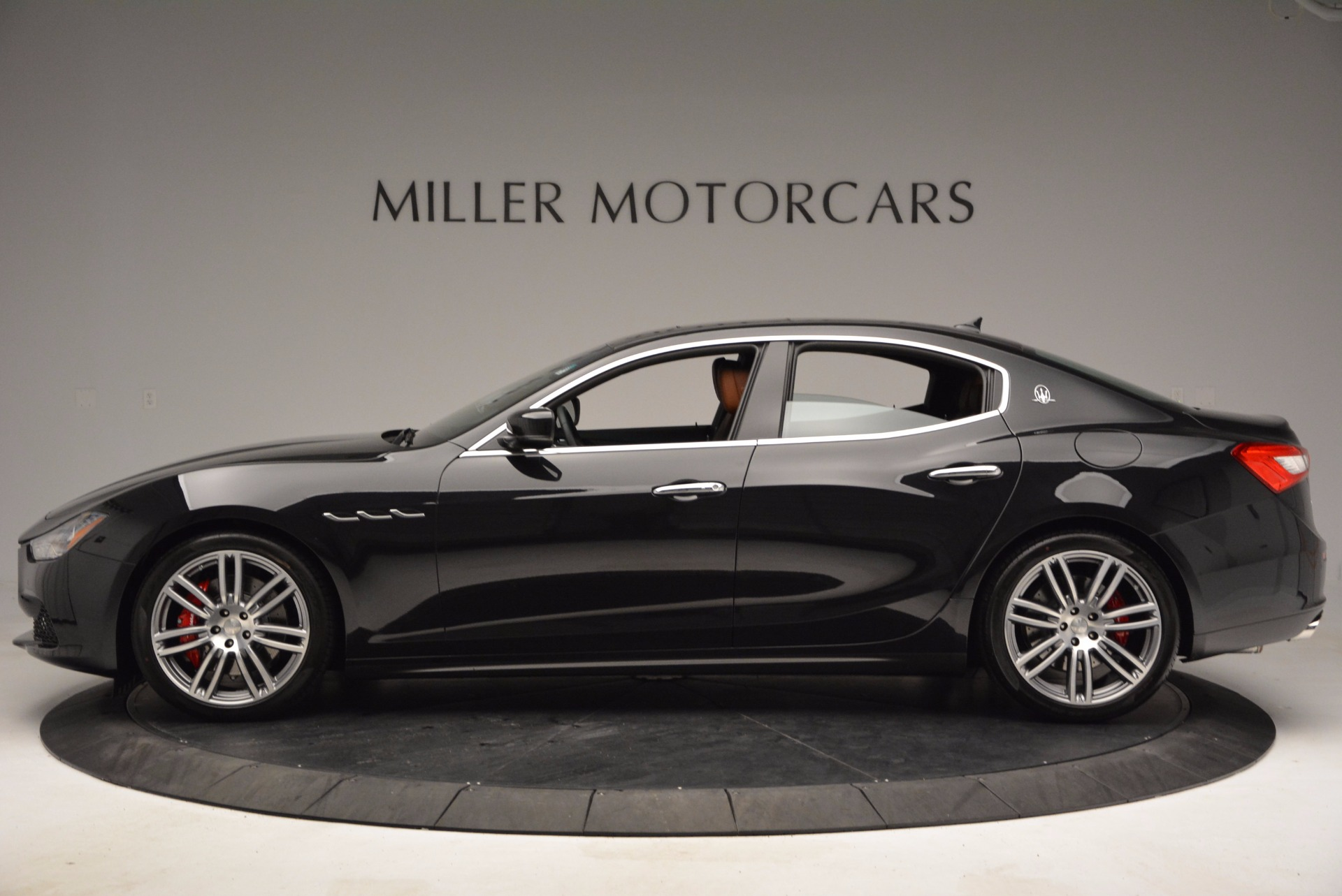 Used 2014 Maserati Ghibli S Q4 For Sale In Greenwich, CT 1459_p3