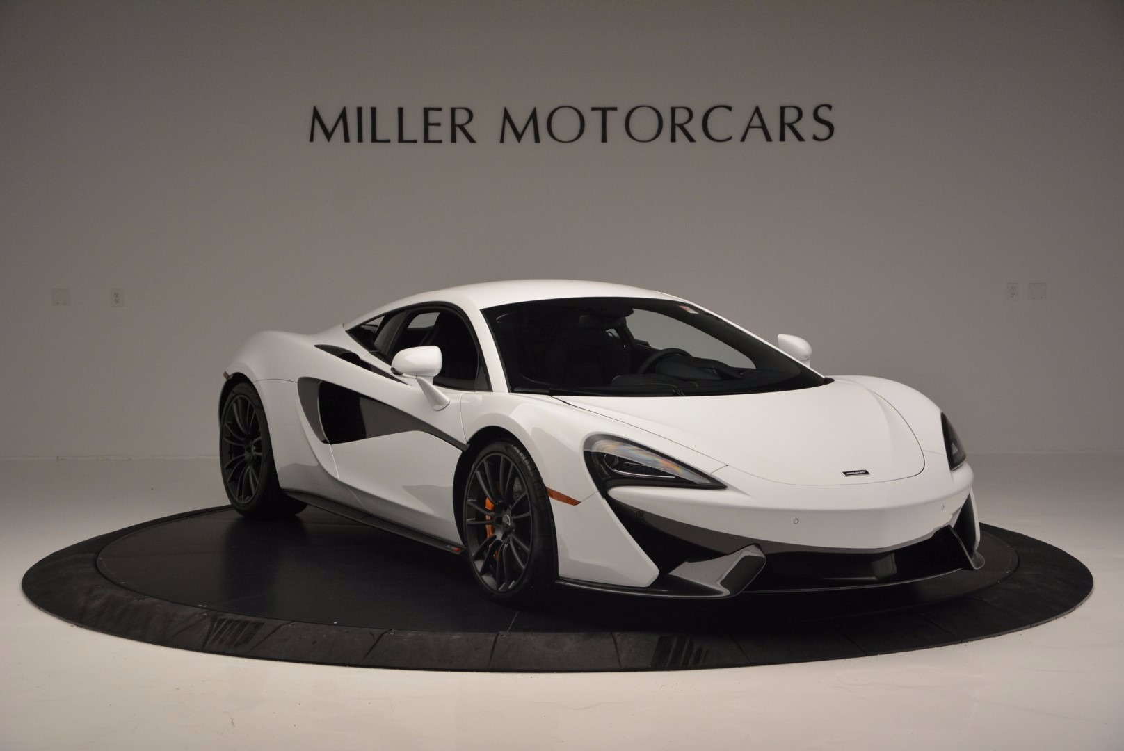 Used 2016 McLaren 570S  For Sale In Greenwich, CT 1464_p11